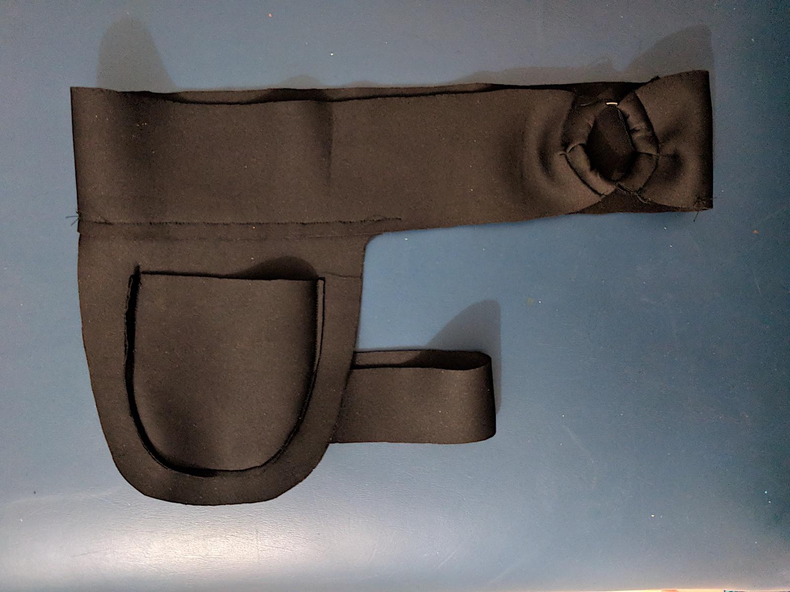 W12_gunholster 1.jpg
