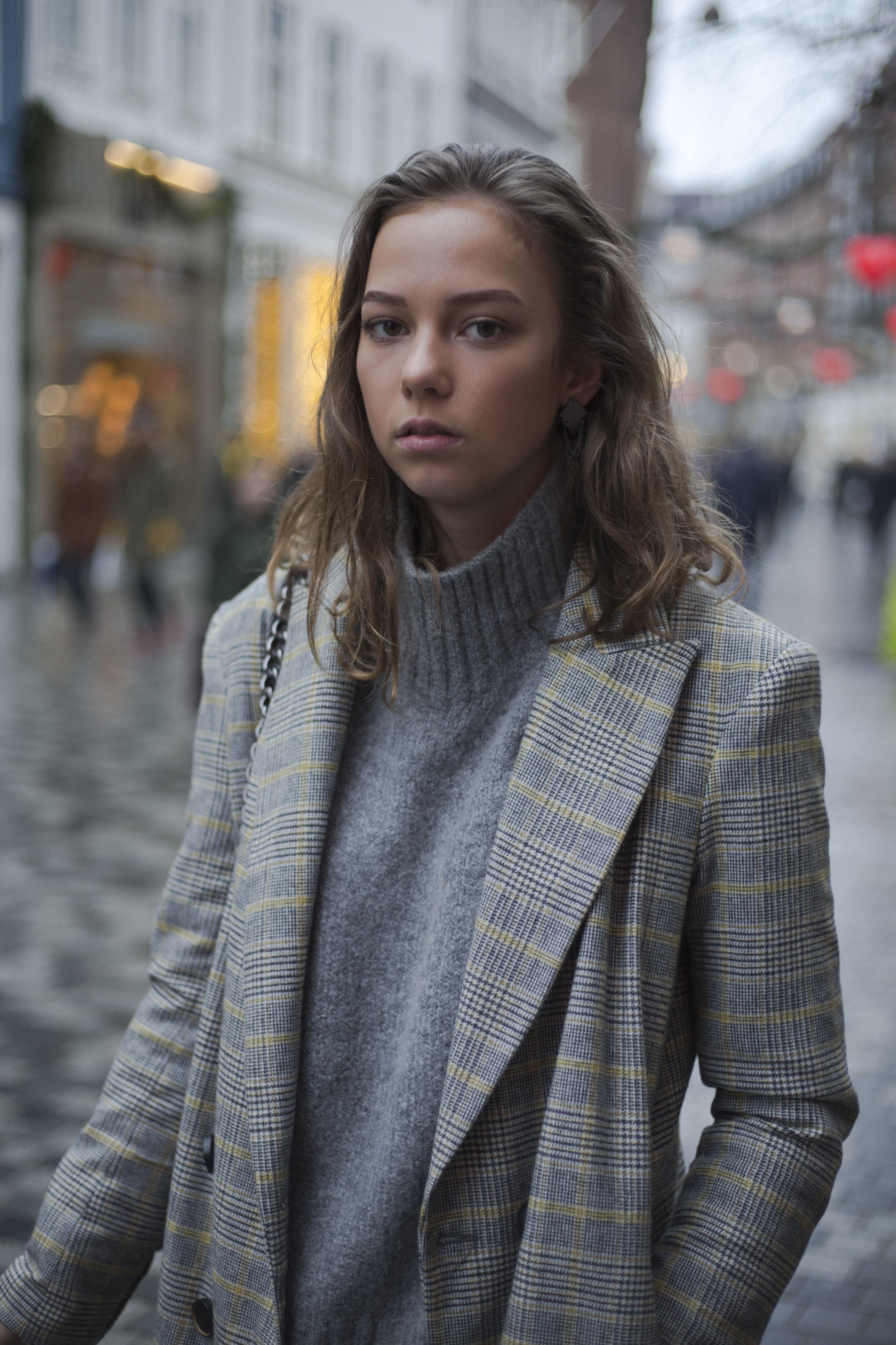 copenhagen-denmark-fashion-streetstyle-blog-onthestreets-thestreetland-portraits-fashionweek-layering-style-filippak-zarah-nikeair-h&m