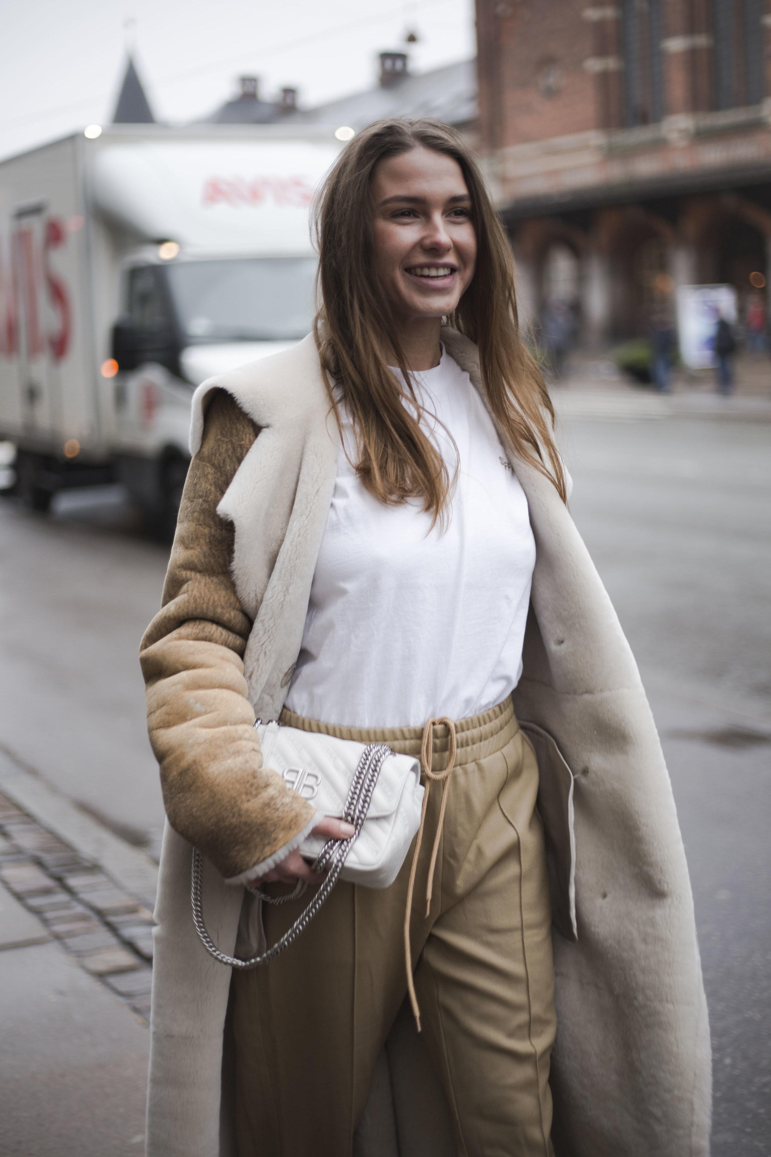 sophia-roe-copenhagen-fashionweek-best-scandinavian-street-style-streetstyle-thestreetland-fashion-trend-style.jpg
