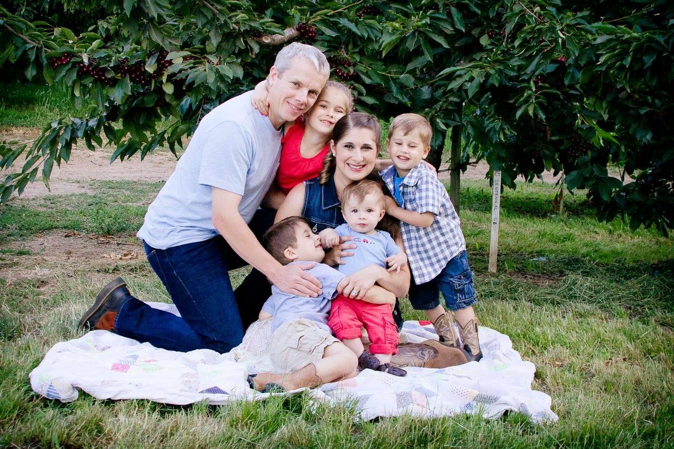 Mike-Omeg-Family-2.jpg