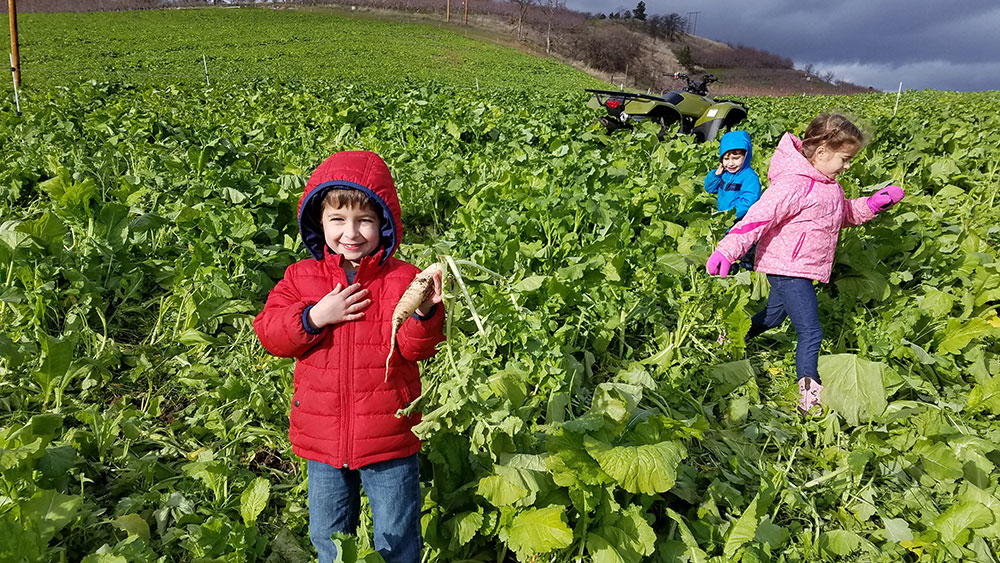 Family-Omeg-Kids-2.jpg