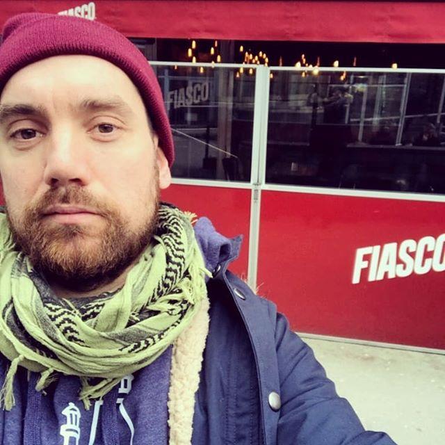 Stikk innom Cafe Fiasco i Oslo og hils på Shalg! Han har med seg noen ferske saker fra Sørlandet, og noe vi har laget for å markere Fiascos jubileumsår! #detvendebryggeri #fiasco #cafefiasco #oslo #mojitosour #prestenkommer #pettersen #storetorungen #scully #sukkerpåglasset