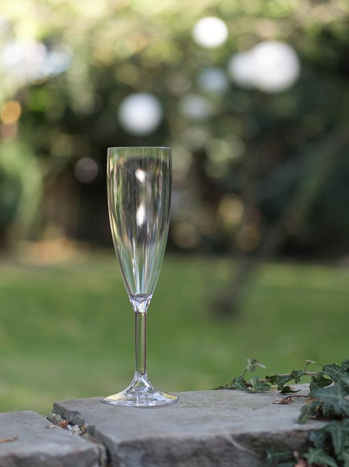 champagne-flute.jpg