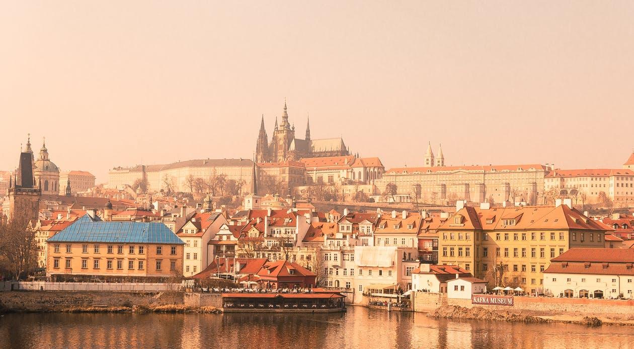 Prague_pexels-photo-61381.jpeg