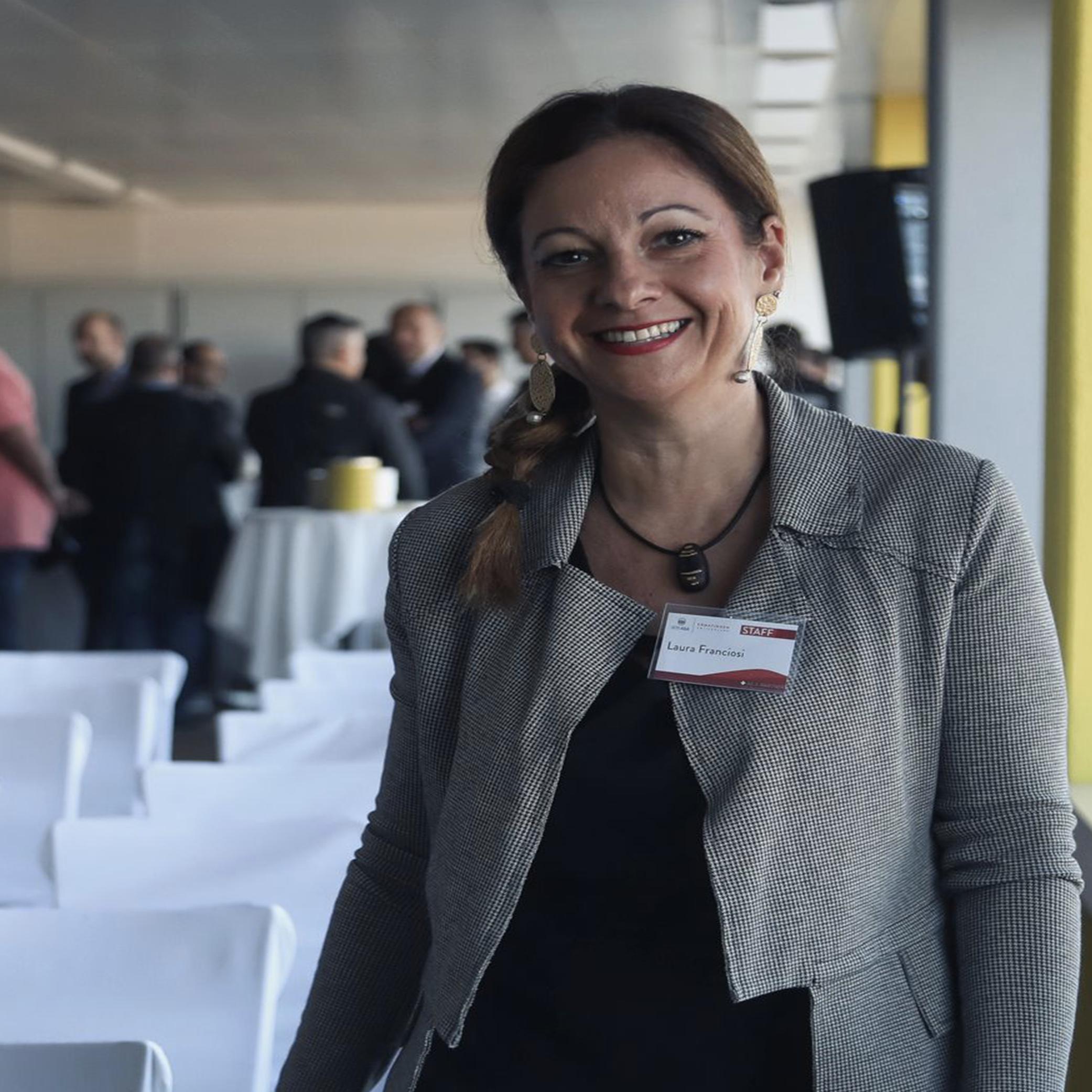 Laura Franciosi   Marketing & communication