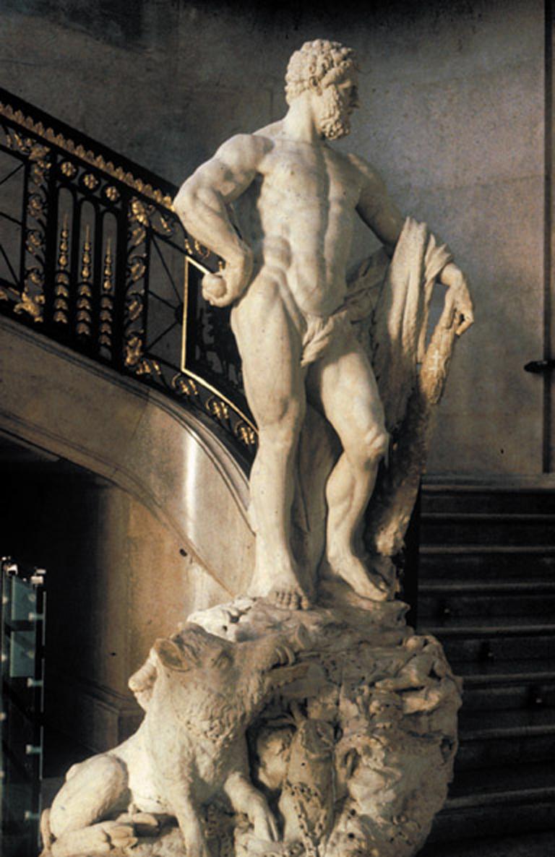 Illustration : Hercule par Laurent Delvaux. Charles de Lorraine aurait servi de modèle... Se trouve au    Palais    du dit « Charles ».