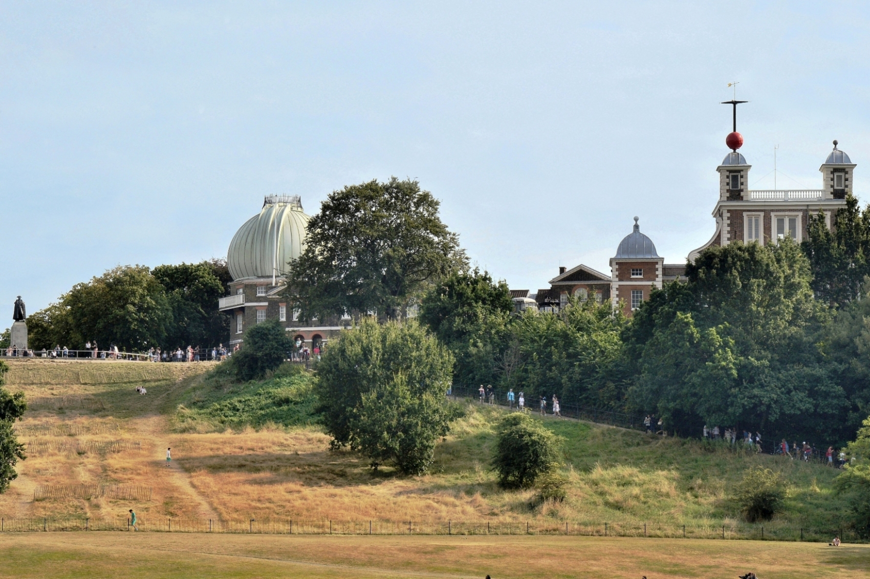 The Royal Observatory at Greenwich is the site around which the world's timezones are organised,  photo from picturethisuk.org