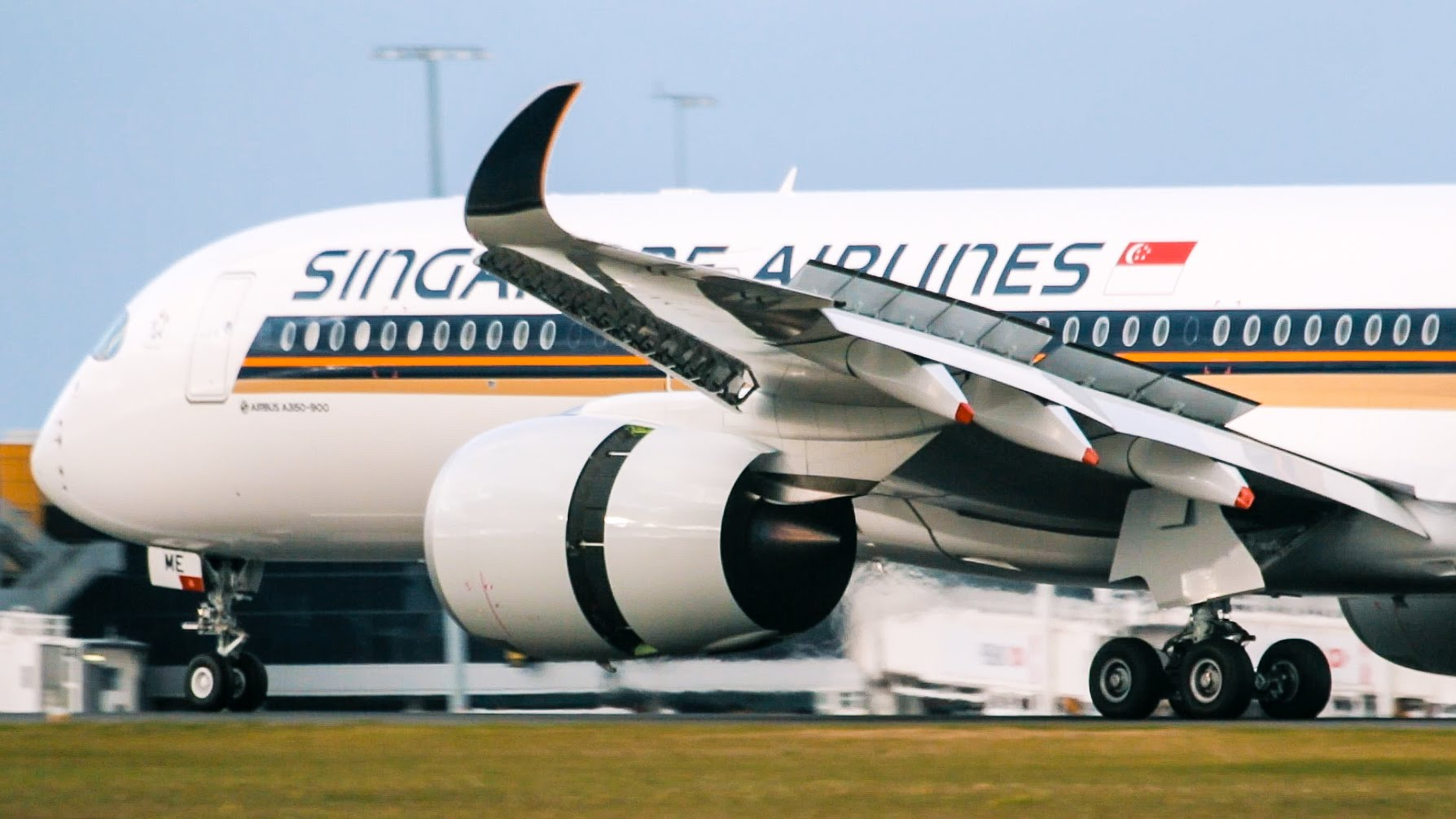 The beautiful Singapore Airlines A350 (with some of the carrier's newest onboard products) landing for the first time in Melbourne-Tullamarine Airport,  photo from YMML Spotting Team on Youtube