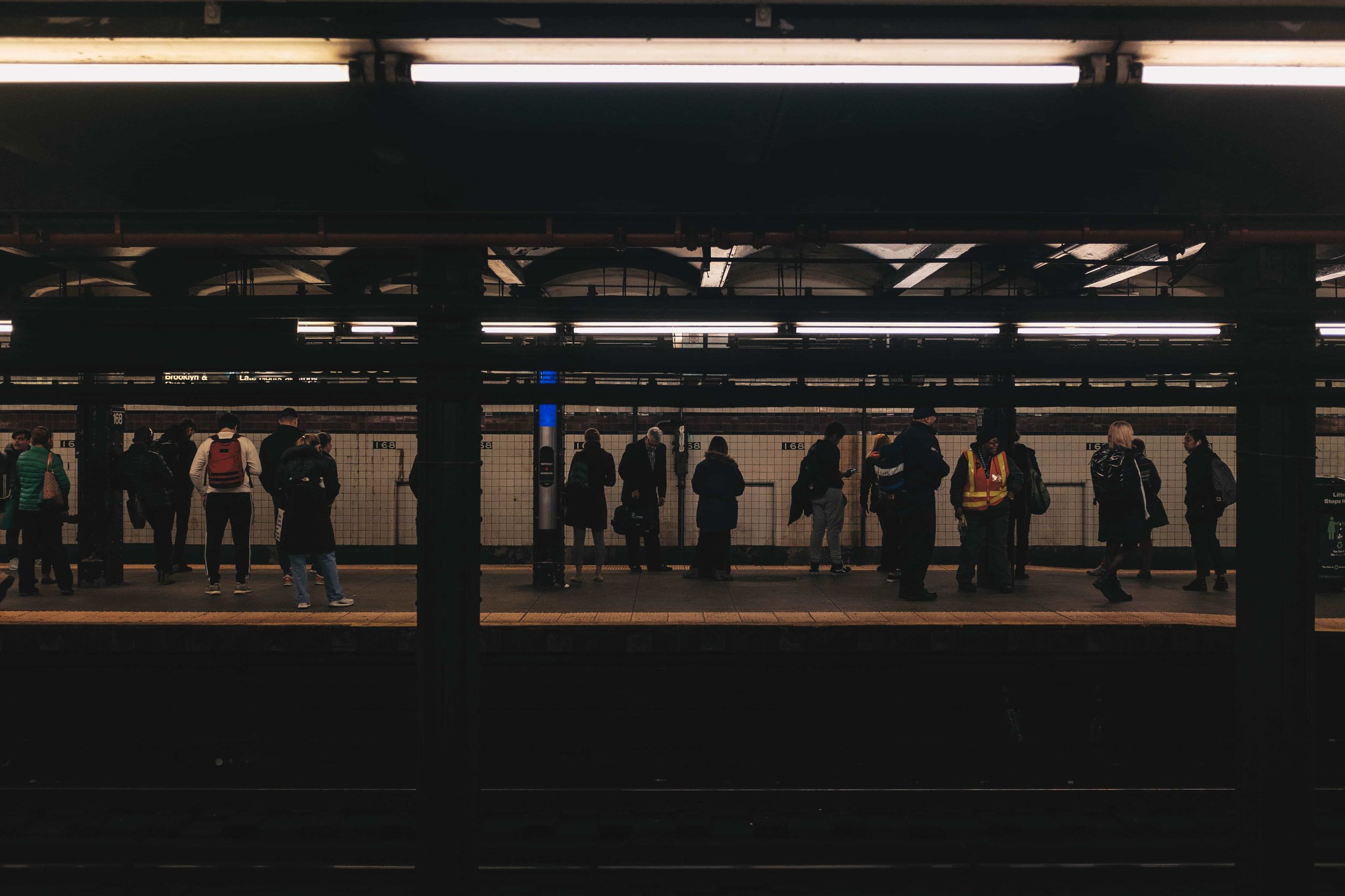 nyc-subway-platform.jpg