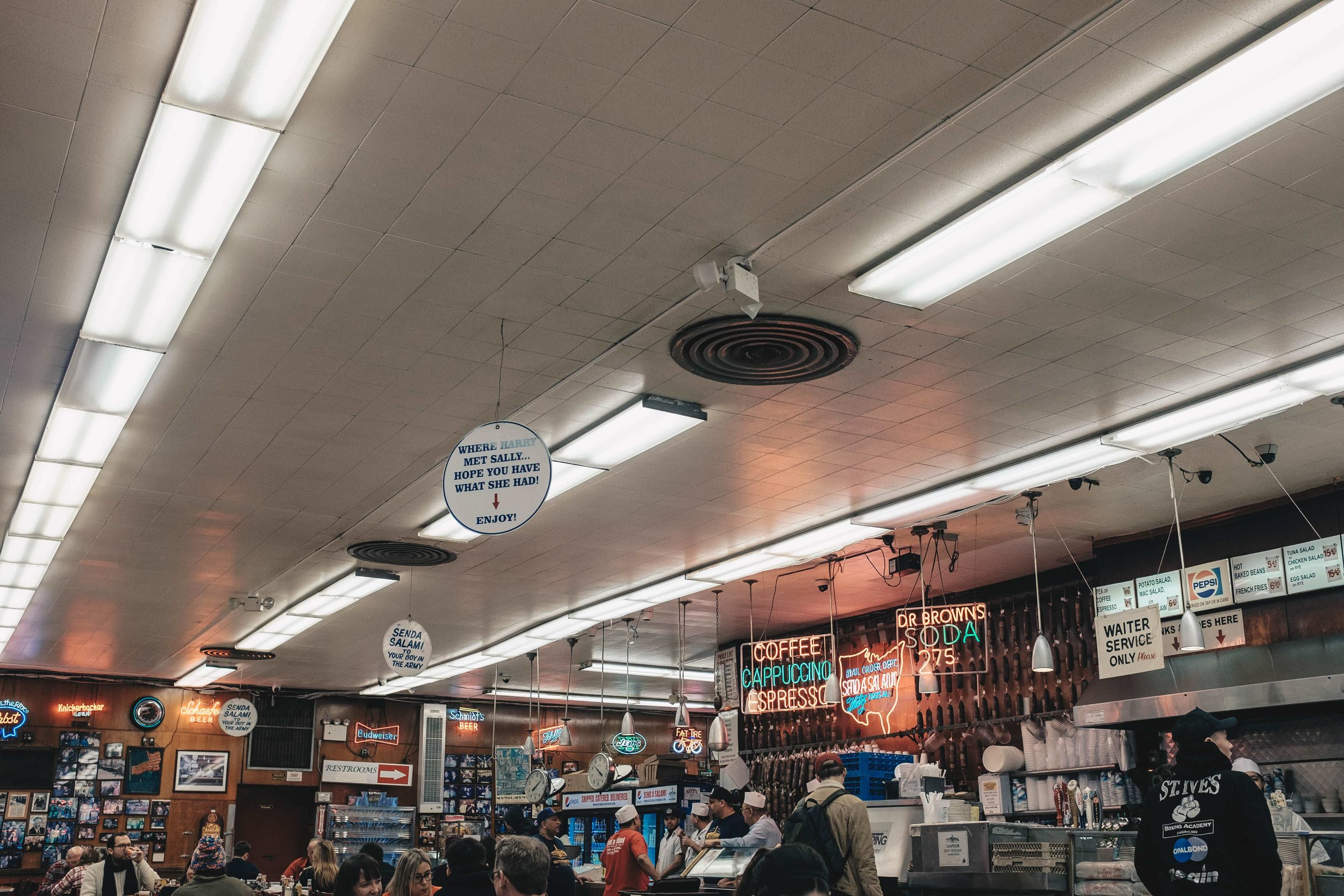 new-york-katz-delicatessen.jpg