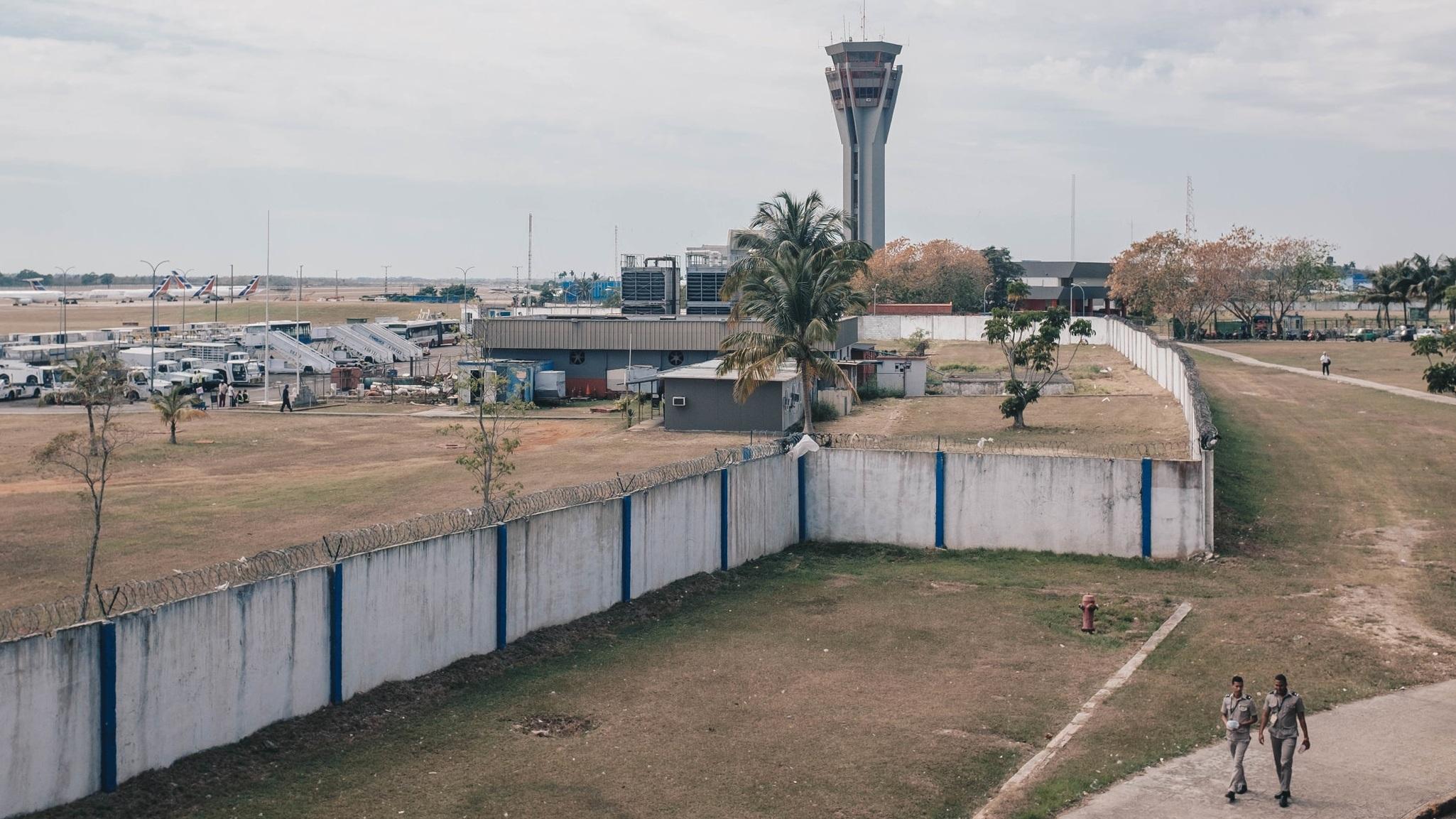 havana-airport.jpg
