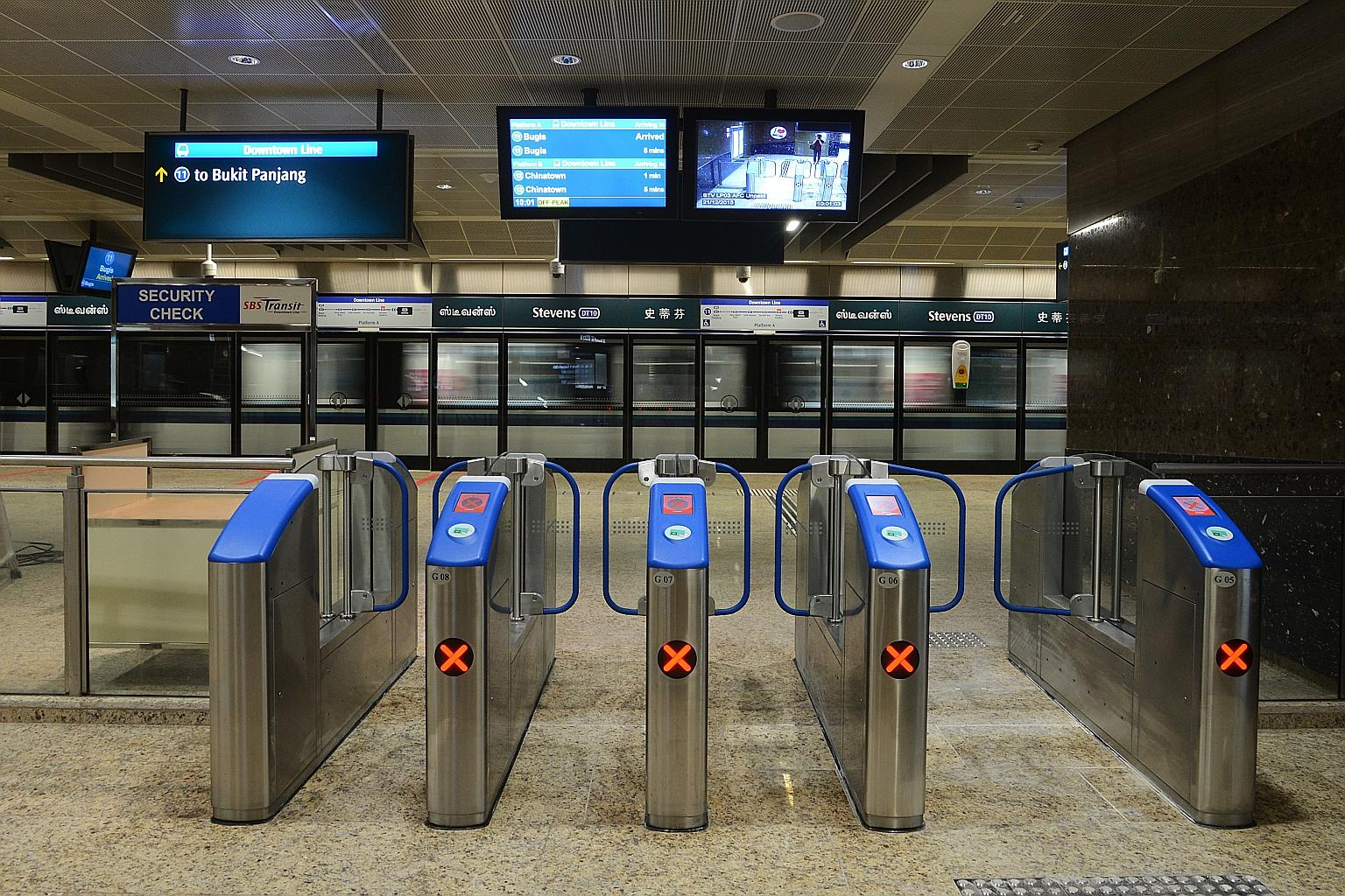 SimplyGo introduces new levels of convenience for commuters, photo from  Straits Times