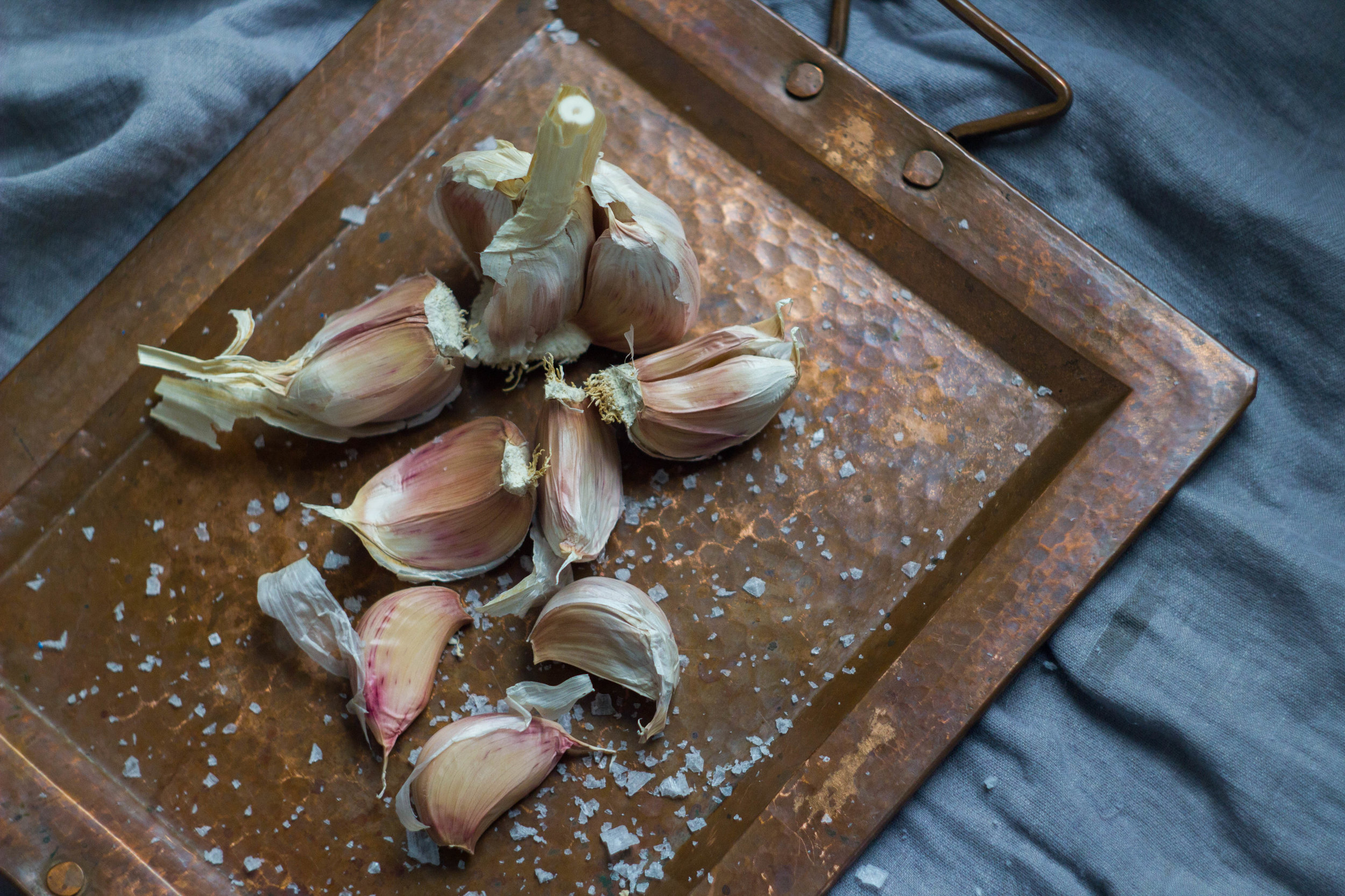 Raw: garlic bulb and cloves