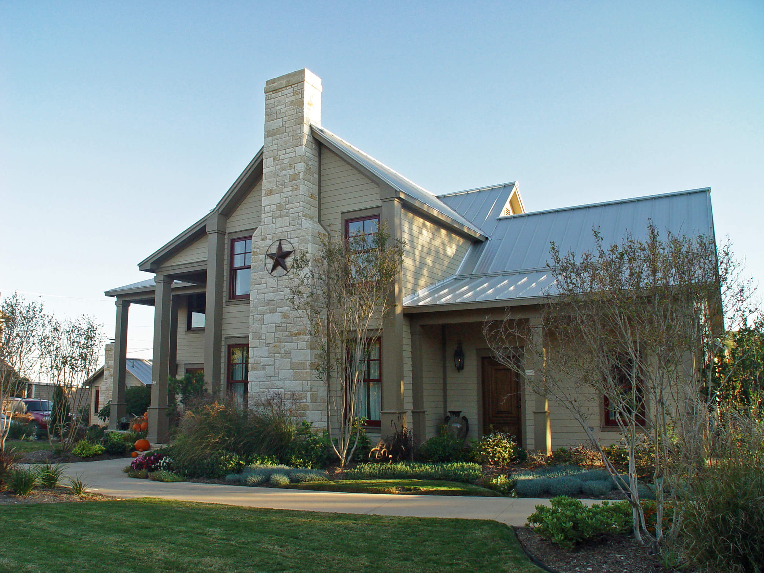 Steve_Bumpas_Inn_Lake_Granbury_01.jpg