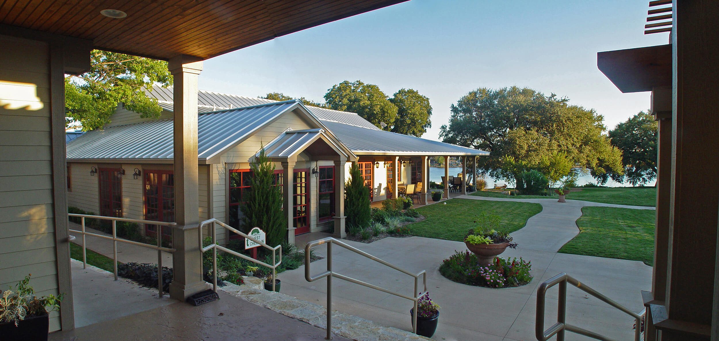 Steve_Bumpas_Inn_Lake_Granbury_14.jpg