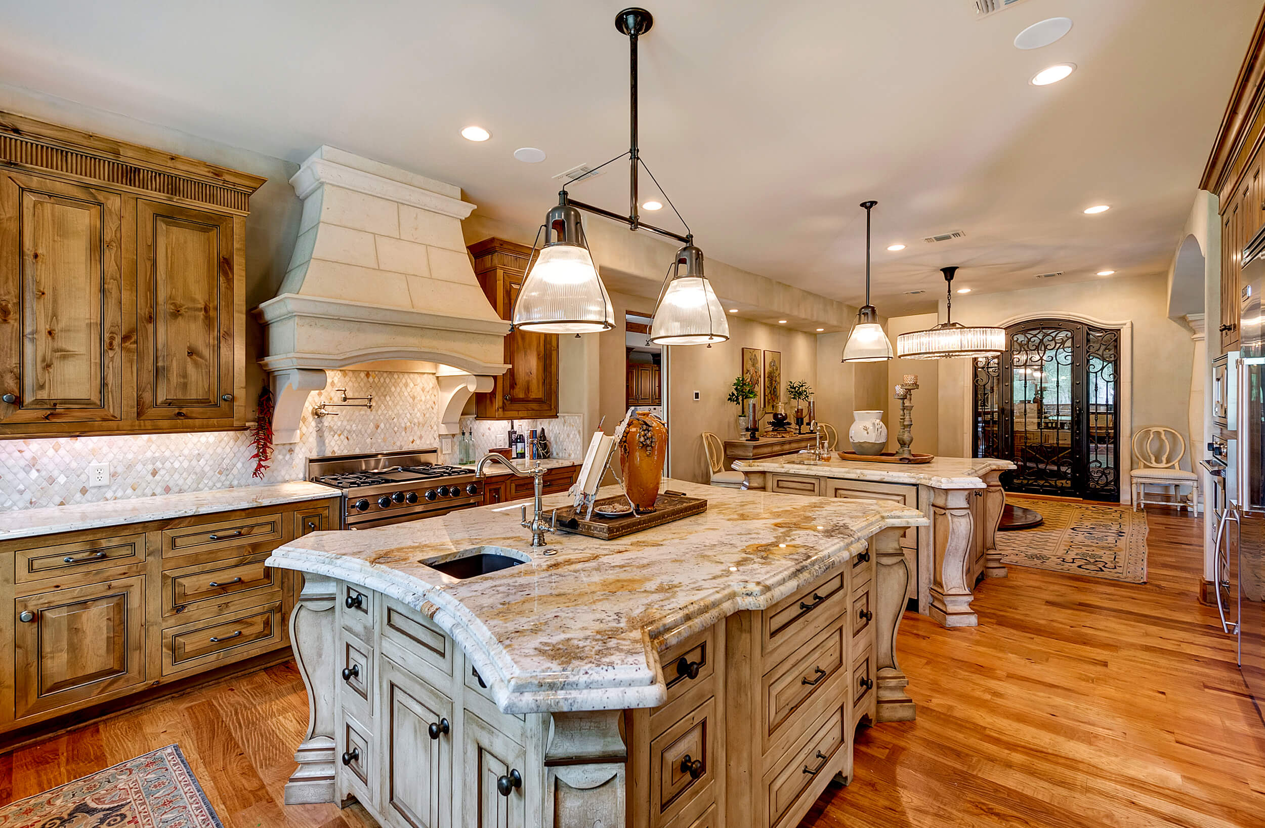 Steve_Bumpas_Custom_Homes_Granbury_Lantana_13.jpg
