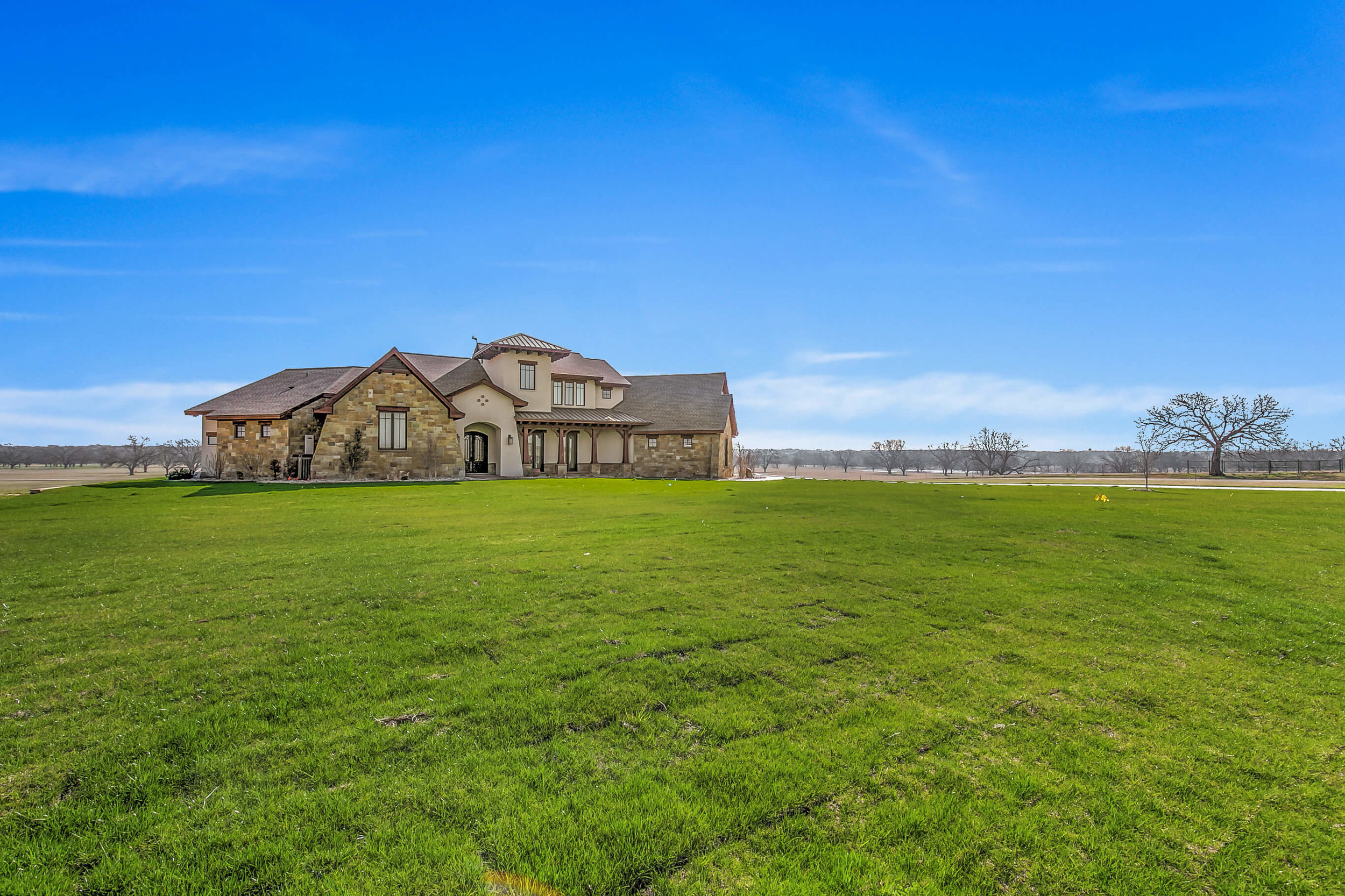Steve Bumpas Custom Homes Granbury Glen Rose Silver Sage Court-02.jpg