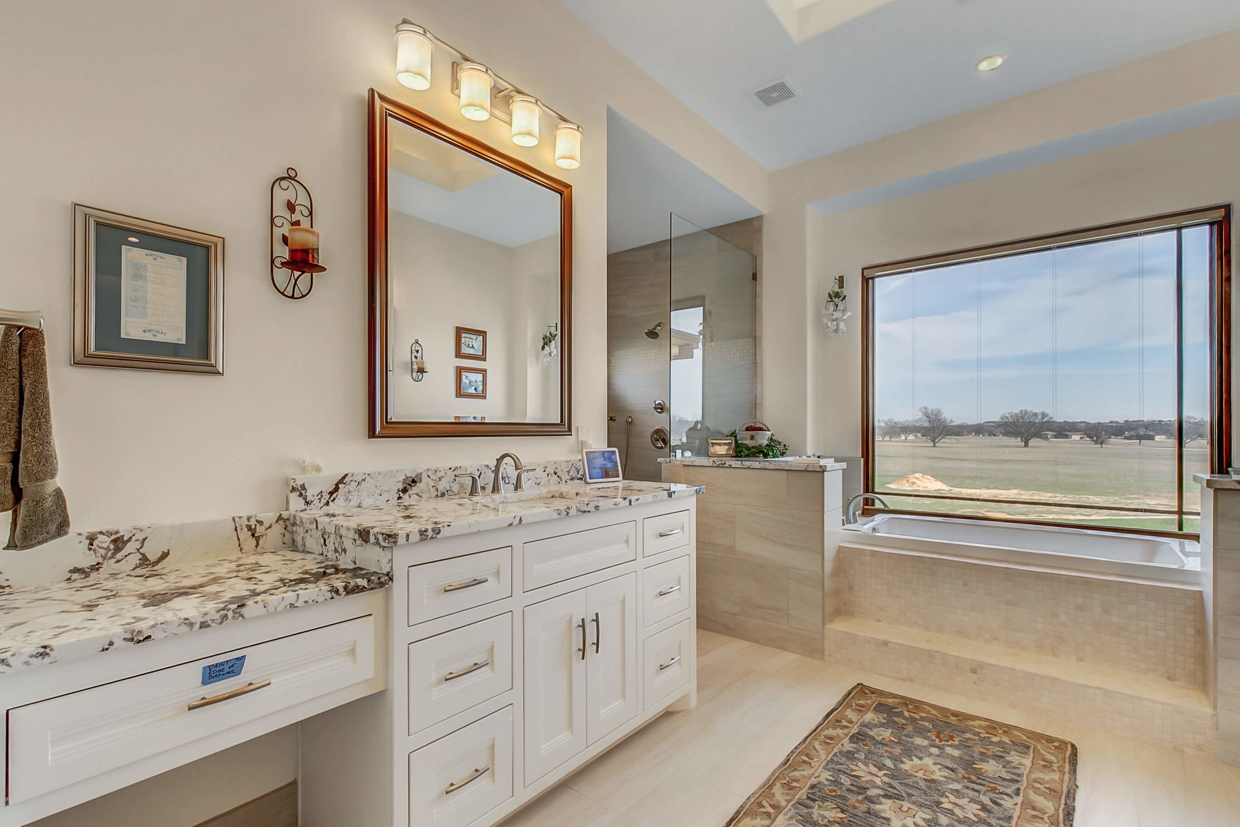 Steve Bumpas Custom Homes Granbury Glen Rose Silver Sage Court-20.jpg