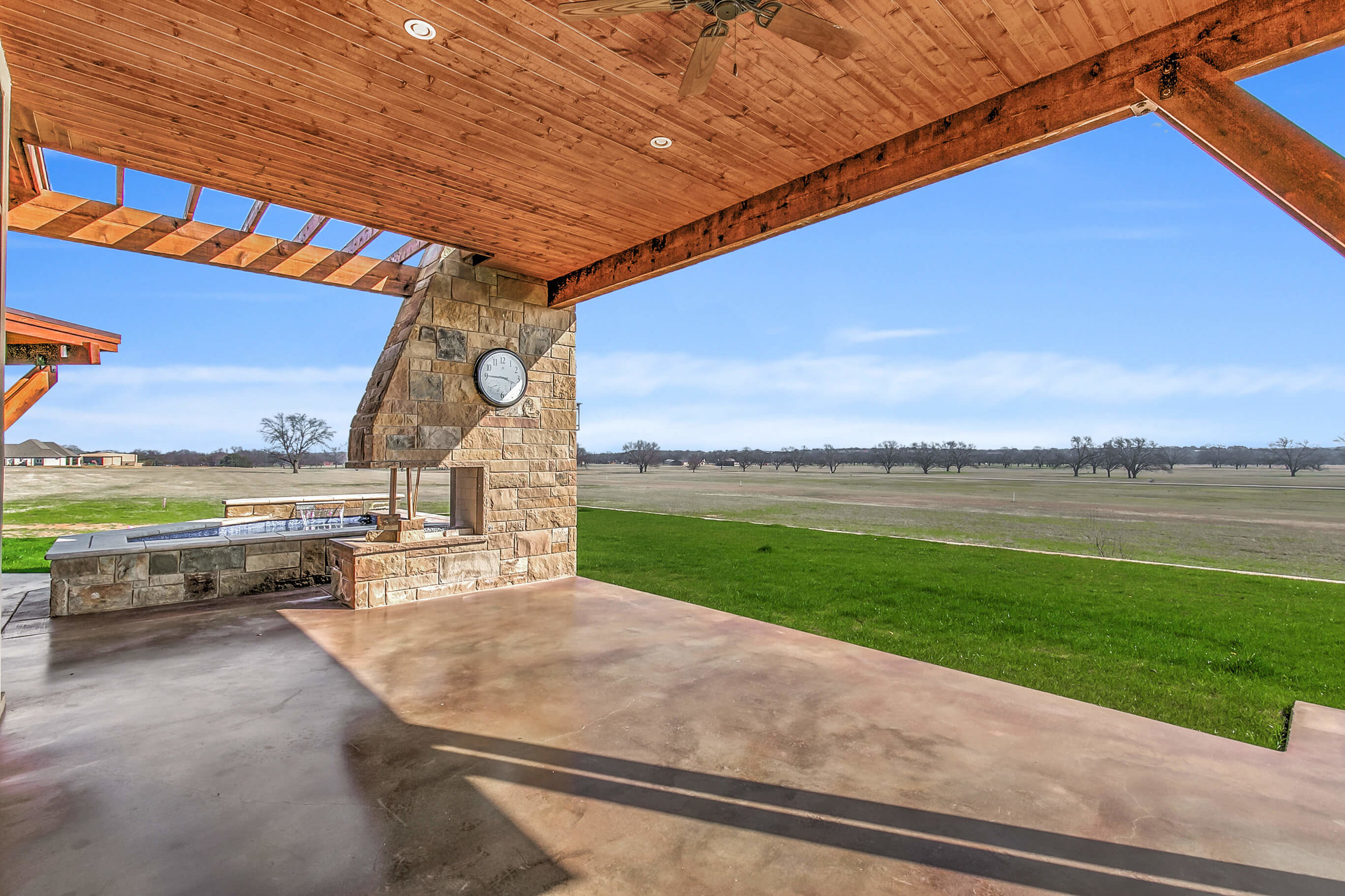 Steve Bumpas Custom Homes Granbury Glen Rose Silver Sage Court-31.jpg