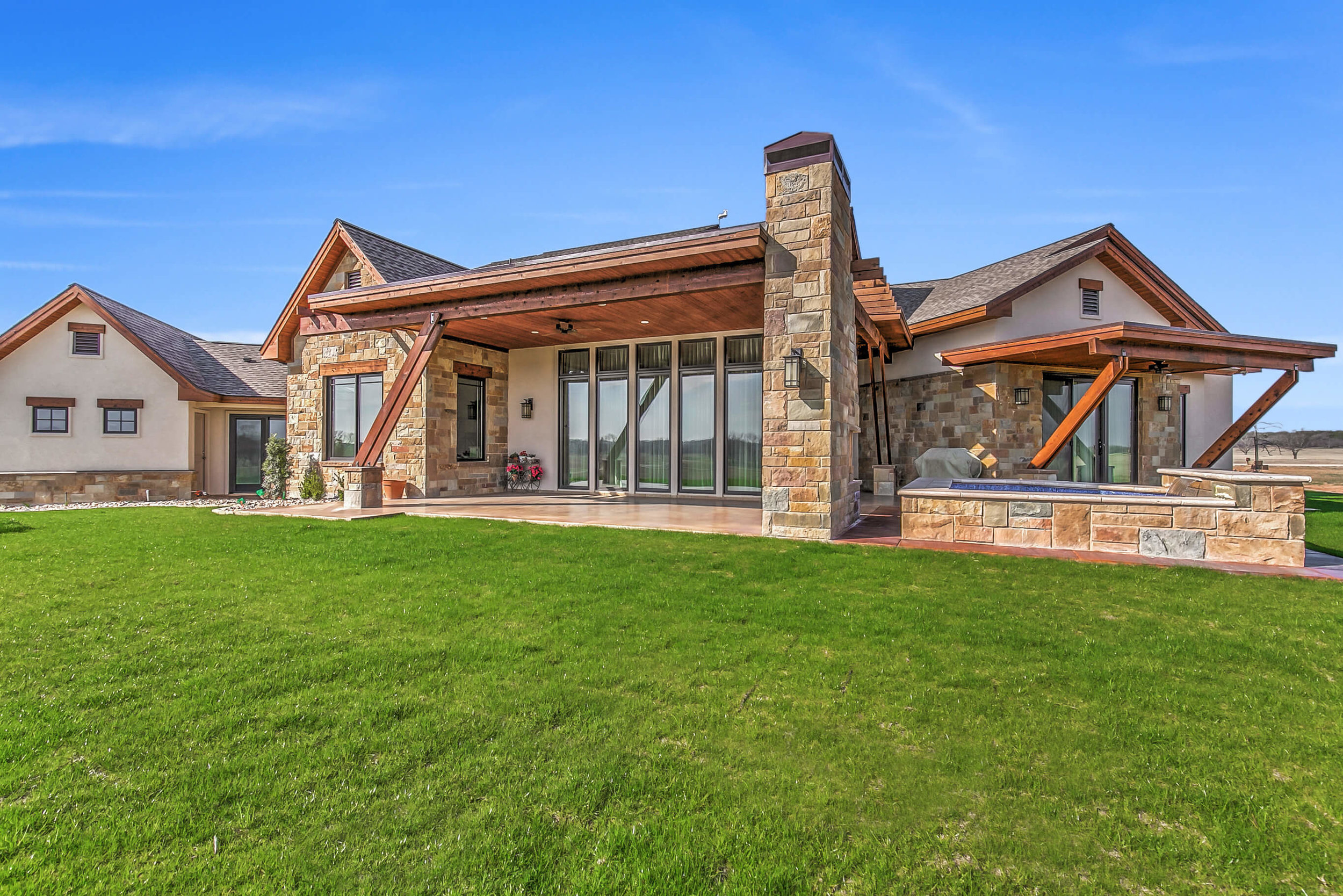 Steve Bumpas Custom Homes Granbury Glen Rose Silver Sage Court-33.jpg