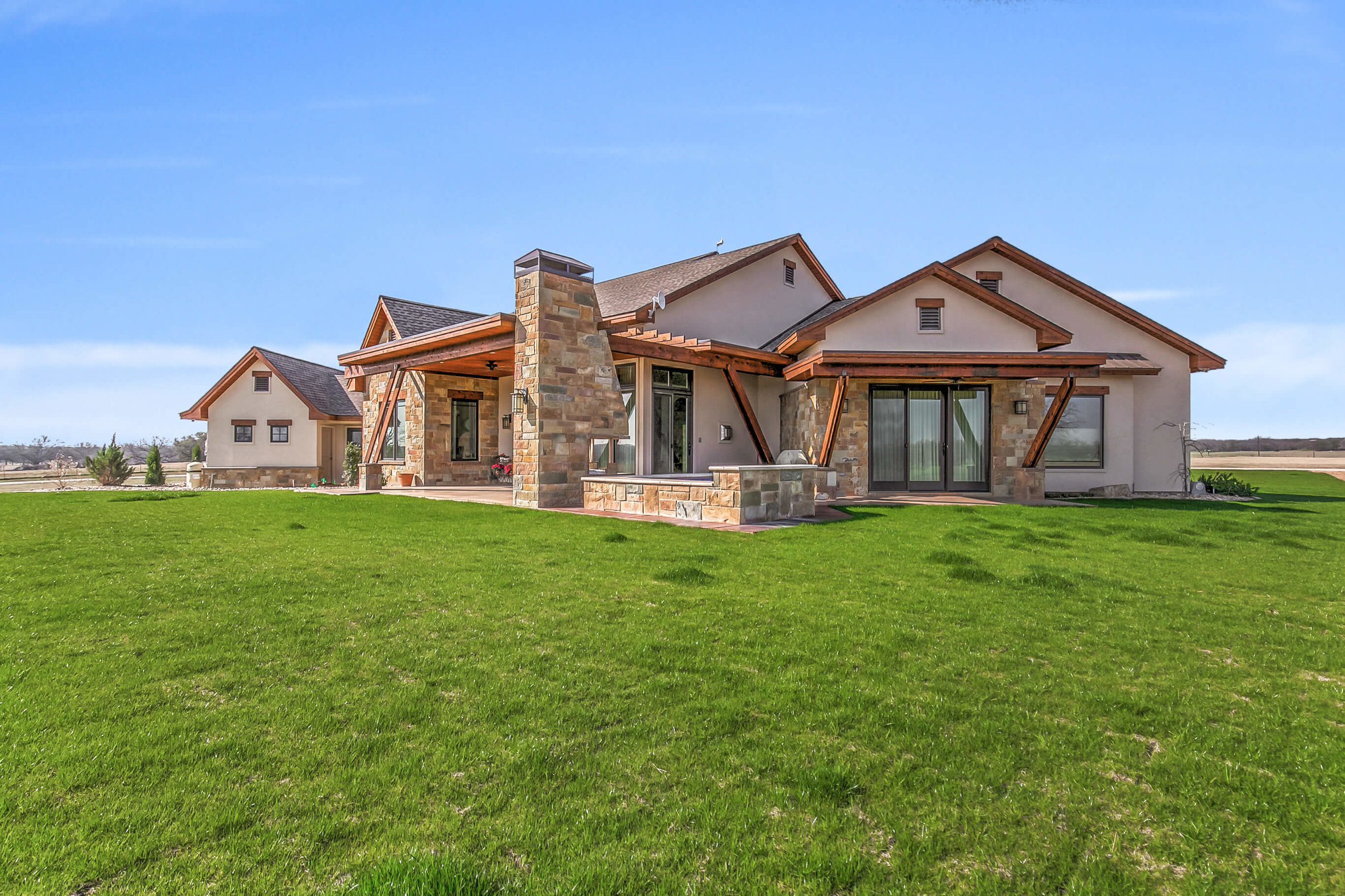 Steve Bumpas Custom Homes Granbury Glen Rose Silver Sage Court-34.jpg