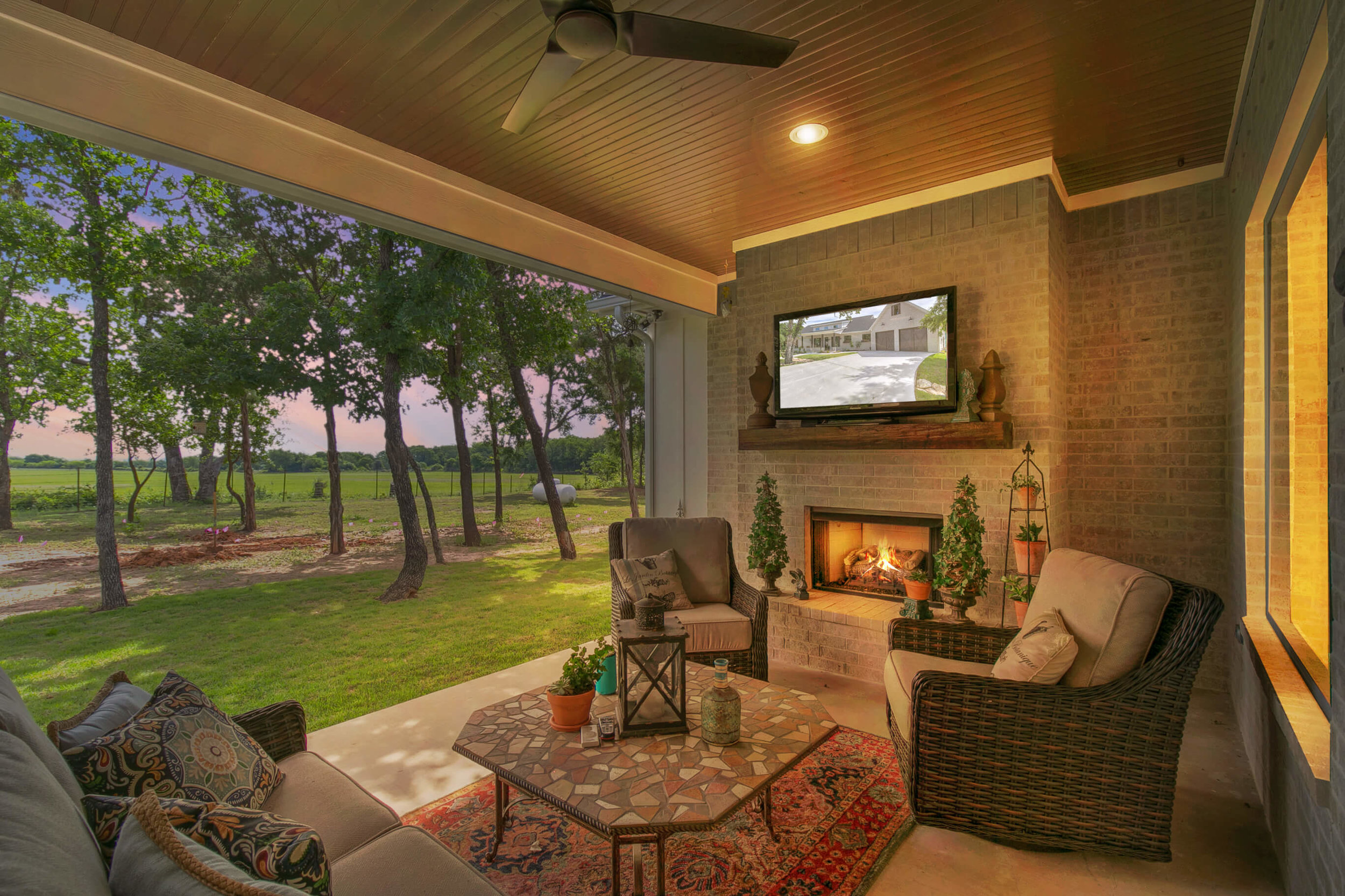 Steve Bumpas Custom Homes Oak View Ranch 004.jpg