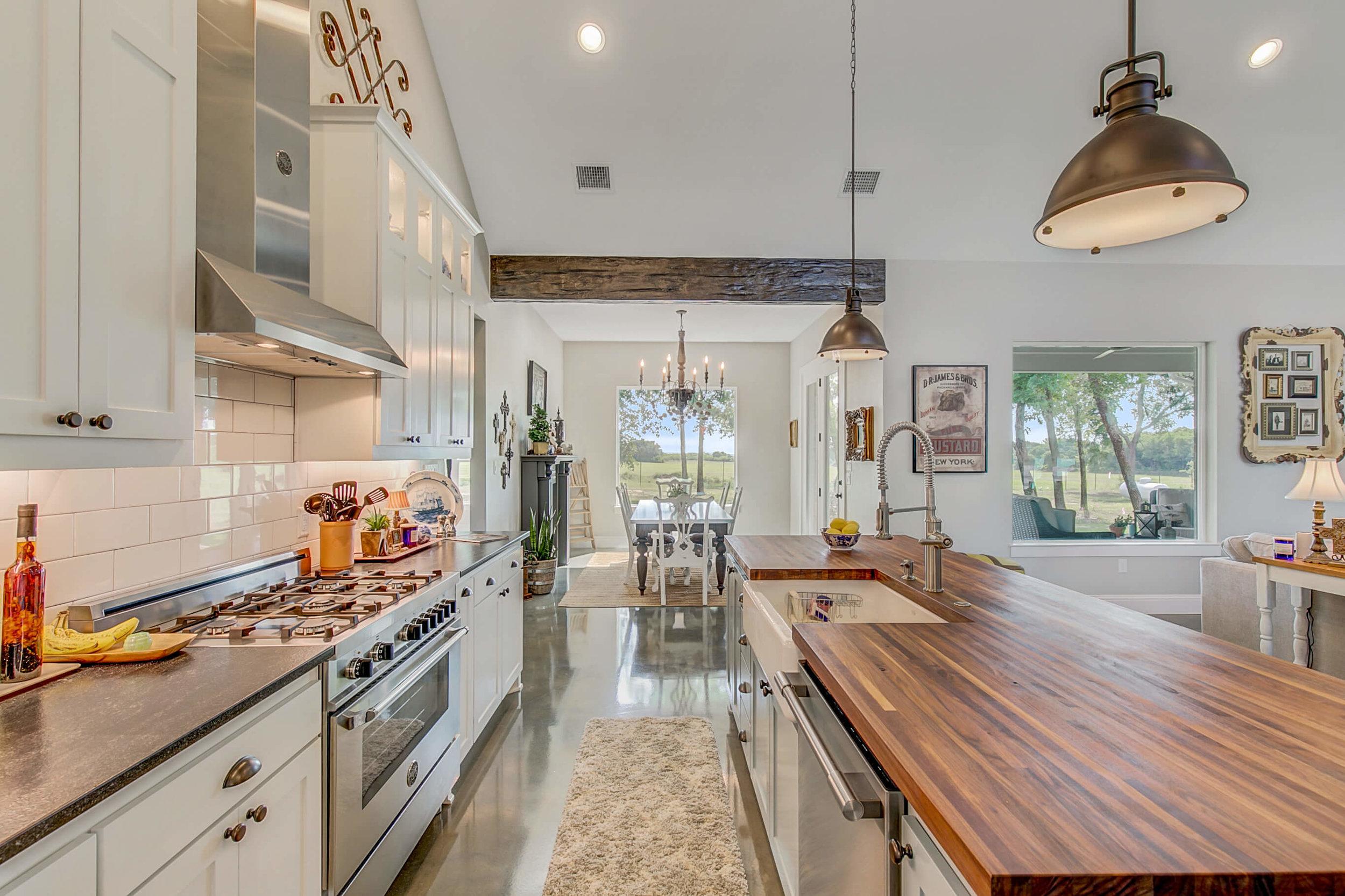 Steve Bumpas Custom Homes Oak View Ranch 020.jpg
