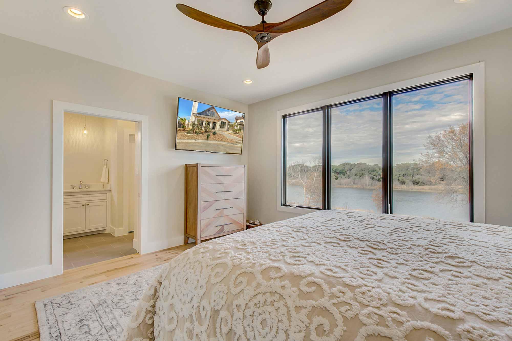 Steve-Bumpas-Custom-Homes-The-Residences-at-Rough-Creek-Lodge-The-Lynn-Lot-15-12-Fort-Worth-Vacation-Properties.jpg
