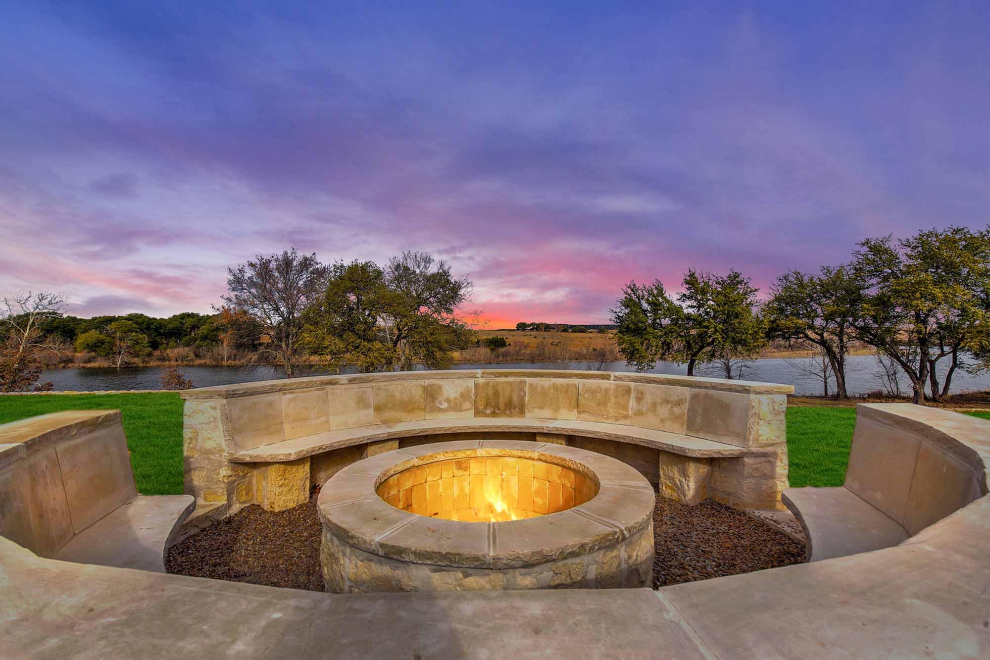 Steve-Bumpas-Custom-Homes-The-Residences-at-Rough-Creek-Lodge-The-Lynn-Lot-15-25-North-Texas-Ranch-Homes-for-Sale.jpg