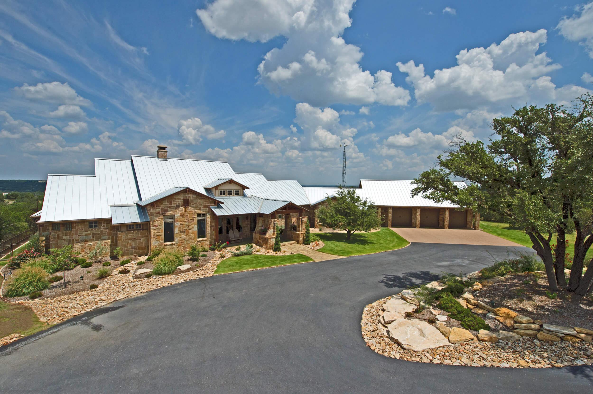 Steve Bumpas Custom Homes Ridgeview 01 Homebuilder Remodel Granbury Brazos Bend Cresson DeCordova Pecan Plantation Tolar Glen Rose Fort Worth.jpg