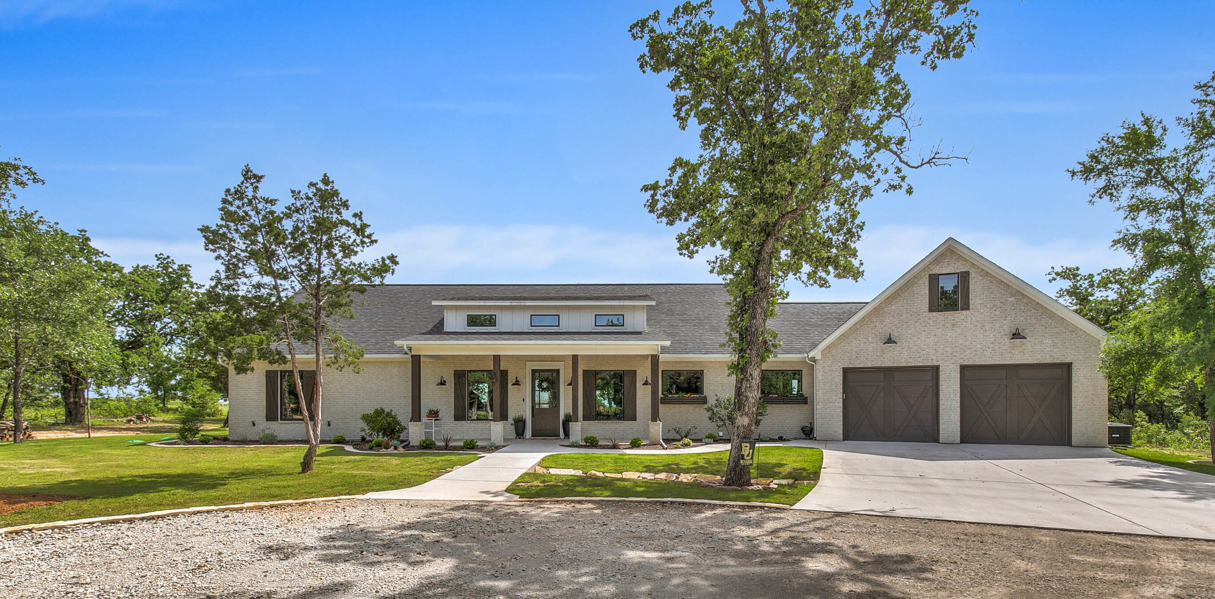 Steve Bumpas Custom Homes Oak View Ranch.jpg