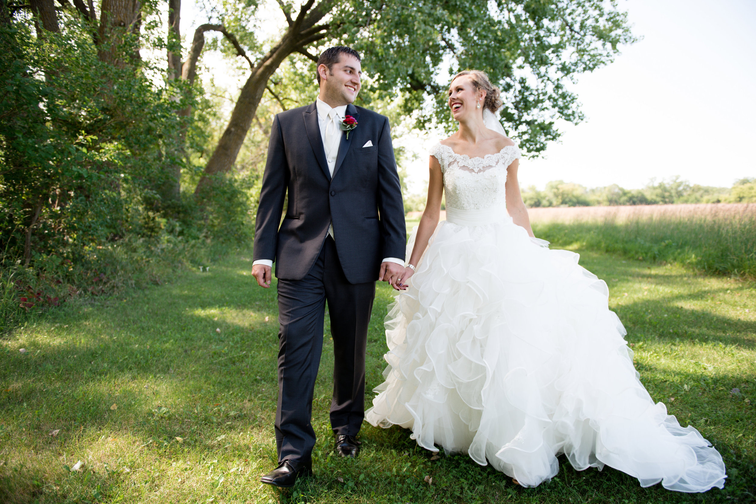 ae83a38b8bc4c 4 Mistakes to Avoid When Choosing Your Wedding Dress