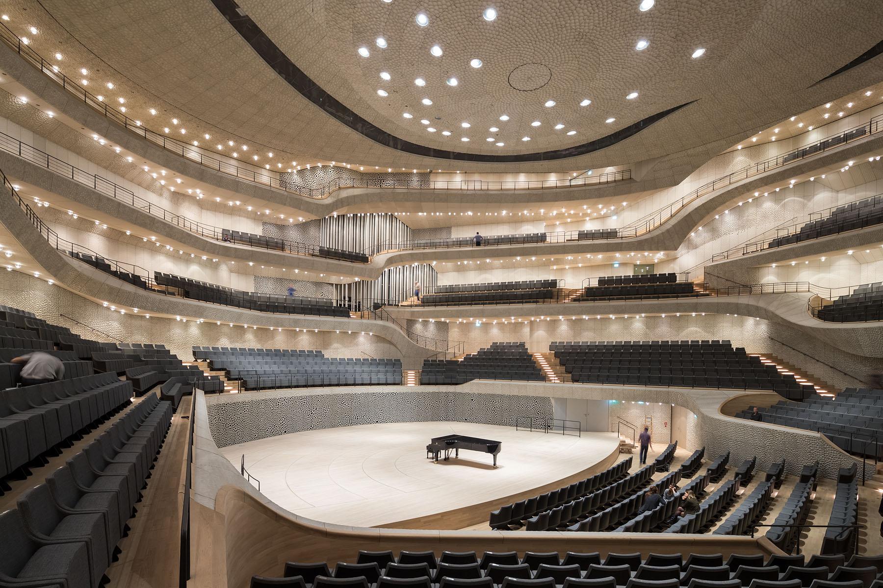 Elbphilharmonie 16-10 6195.jpg
