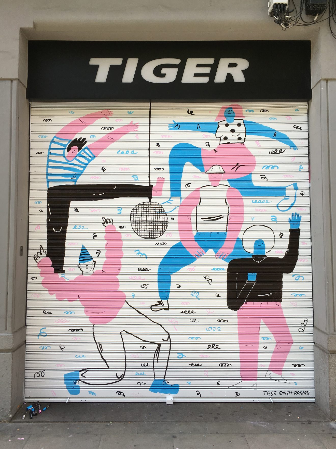 tiger mural1.jpg