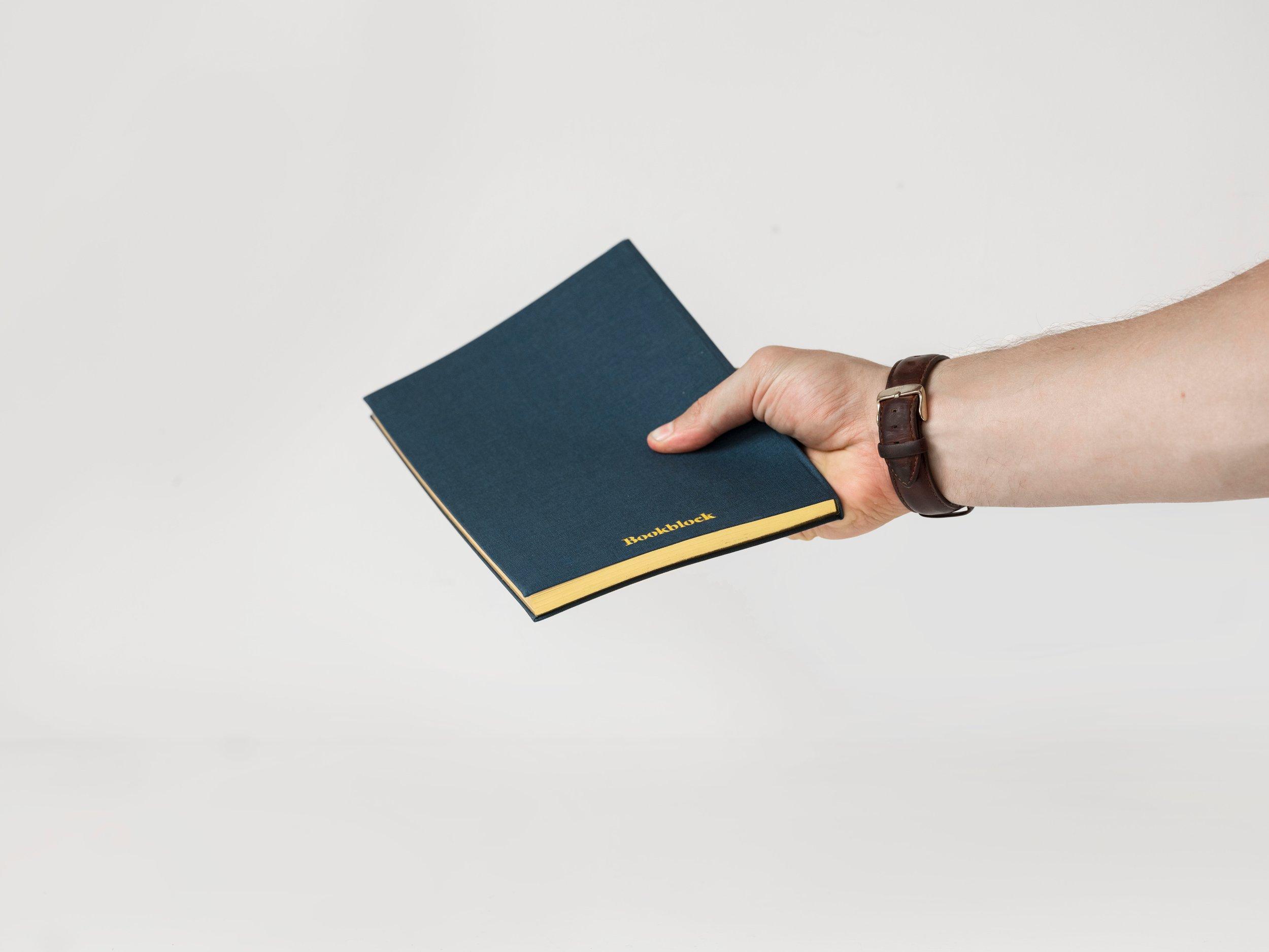 bookblock-362868.jpg
