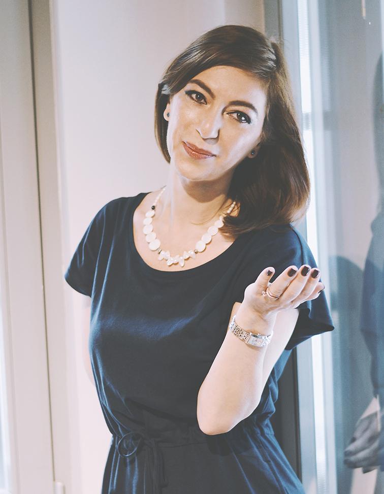 Roxana Arsene content writer ans marketer 1.jpg