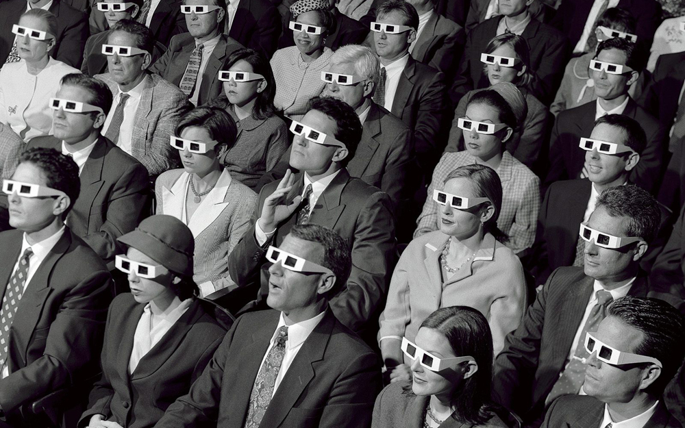 old-skool-3d-cinema-audience.jpg