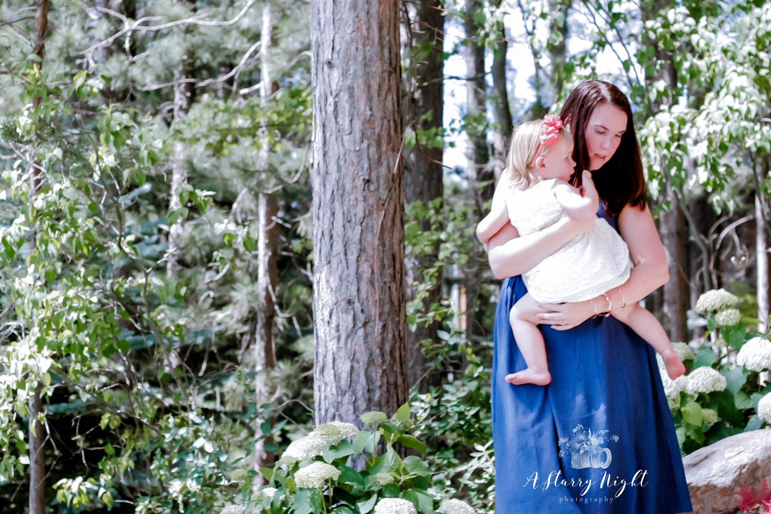 Thietten-Family-Lifestyle-Session-Farwell-Lake-13-10.jpg