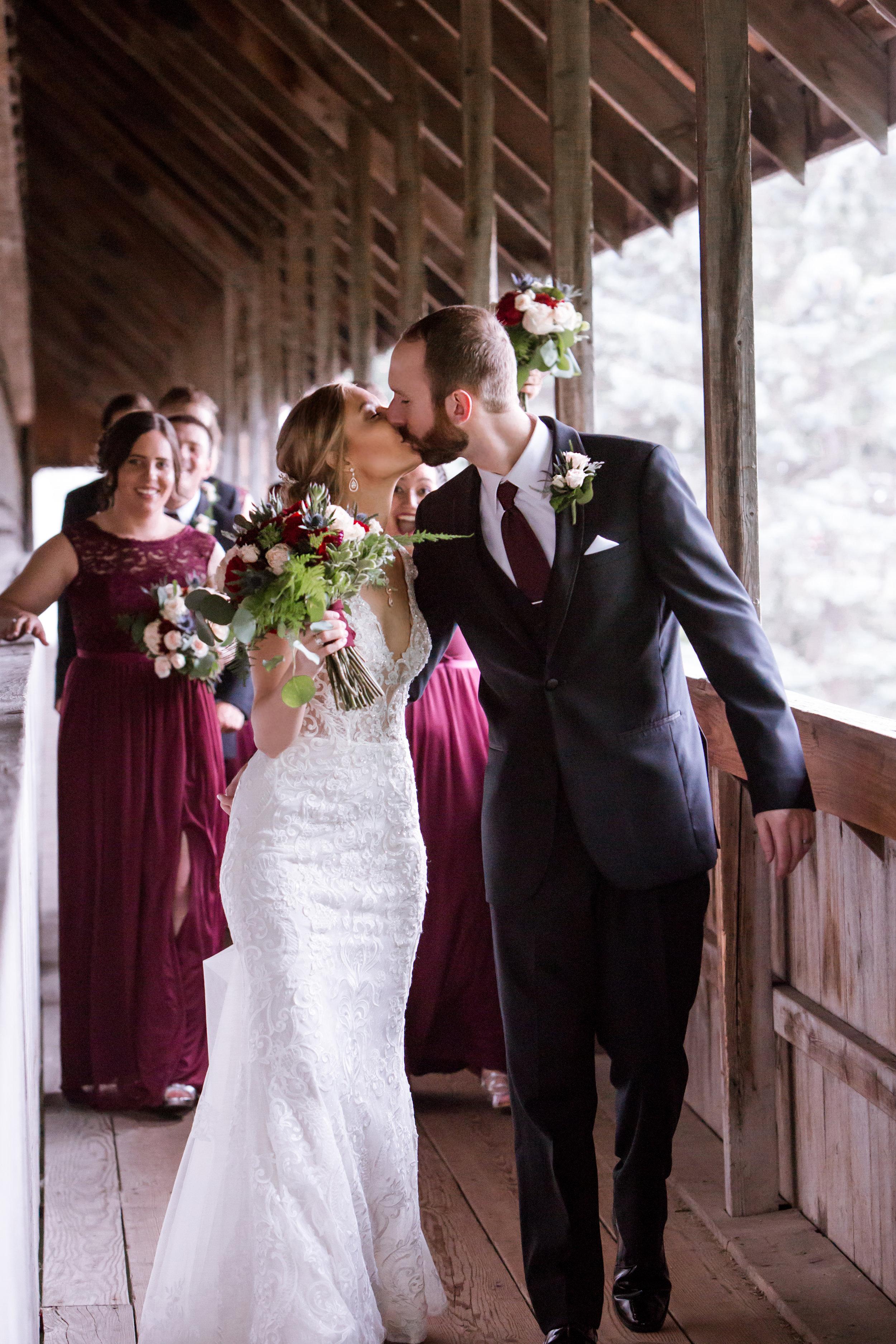 Frankenmuth-Bavarian-Inn-Lodge-Wedding