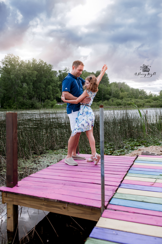 lake-thirteen-central-michigan-midland-photography-family.jpg