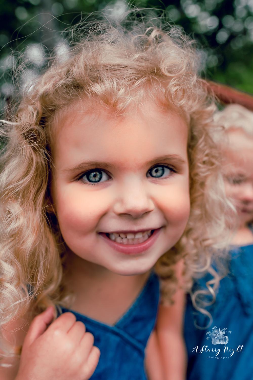 childrens-portrait-blue-eyes-alcona-mi.jpg