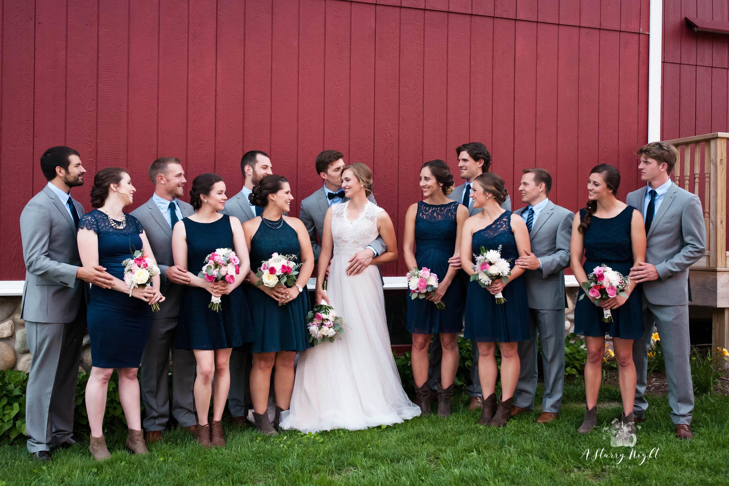 Bride-Groom-Bridal-Party-Group-Shot-WEB.jpg