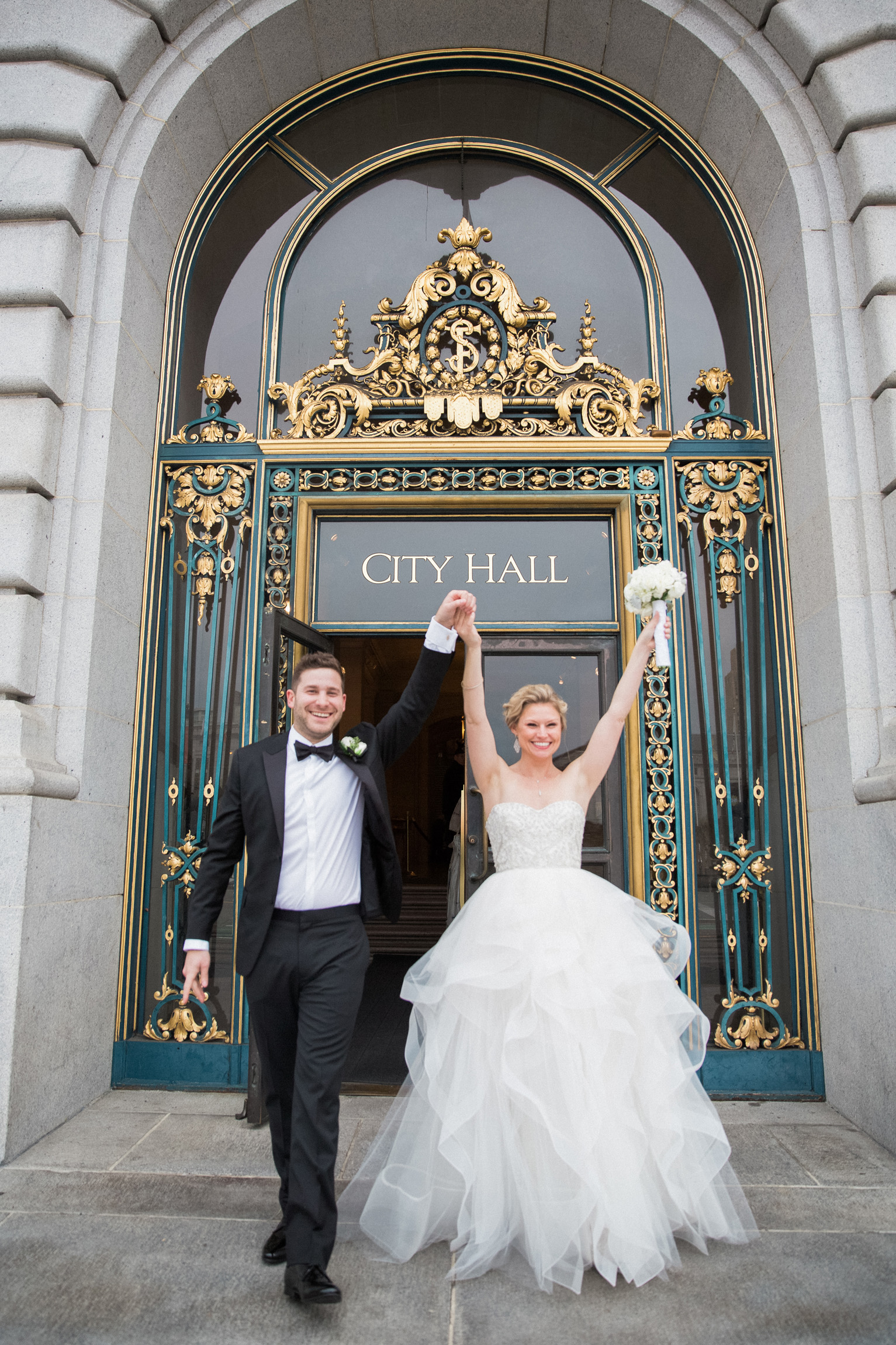 014_janaeshieldsphotography_sanfrancisco_cityhall_weddings.jpg