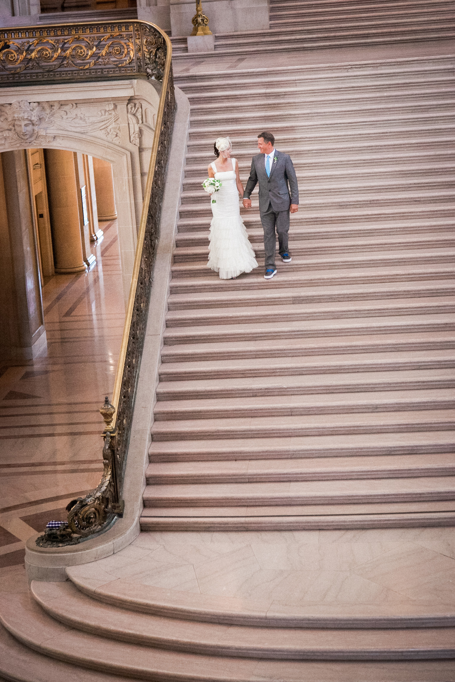 015_janaeshieldsphotography_sanfrancisco_cityhall_weddings.jpg