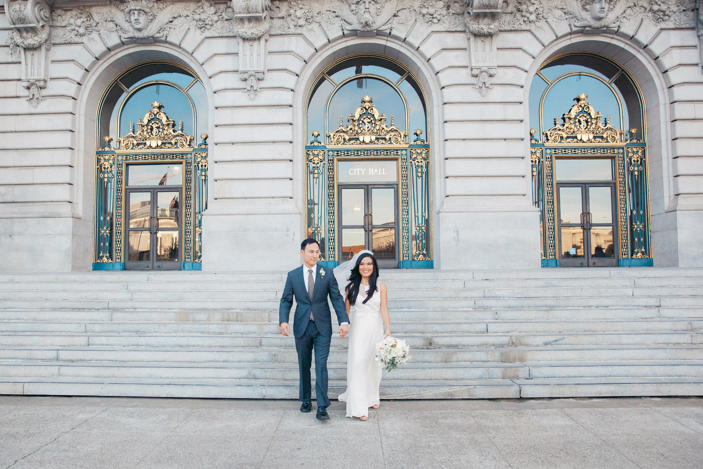 022_janaeshieldsphotography_sanfrancisco_cityhall_weddings.jpg