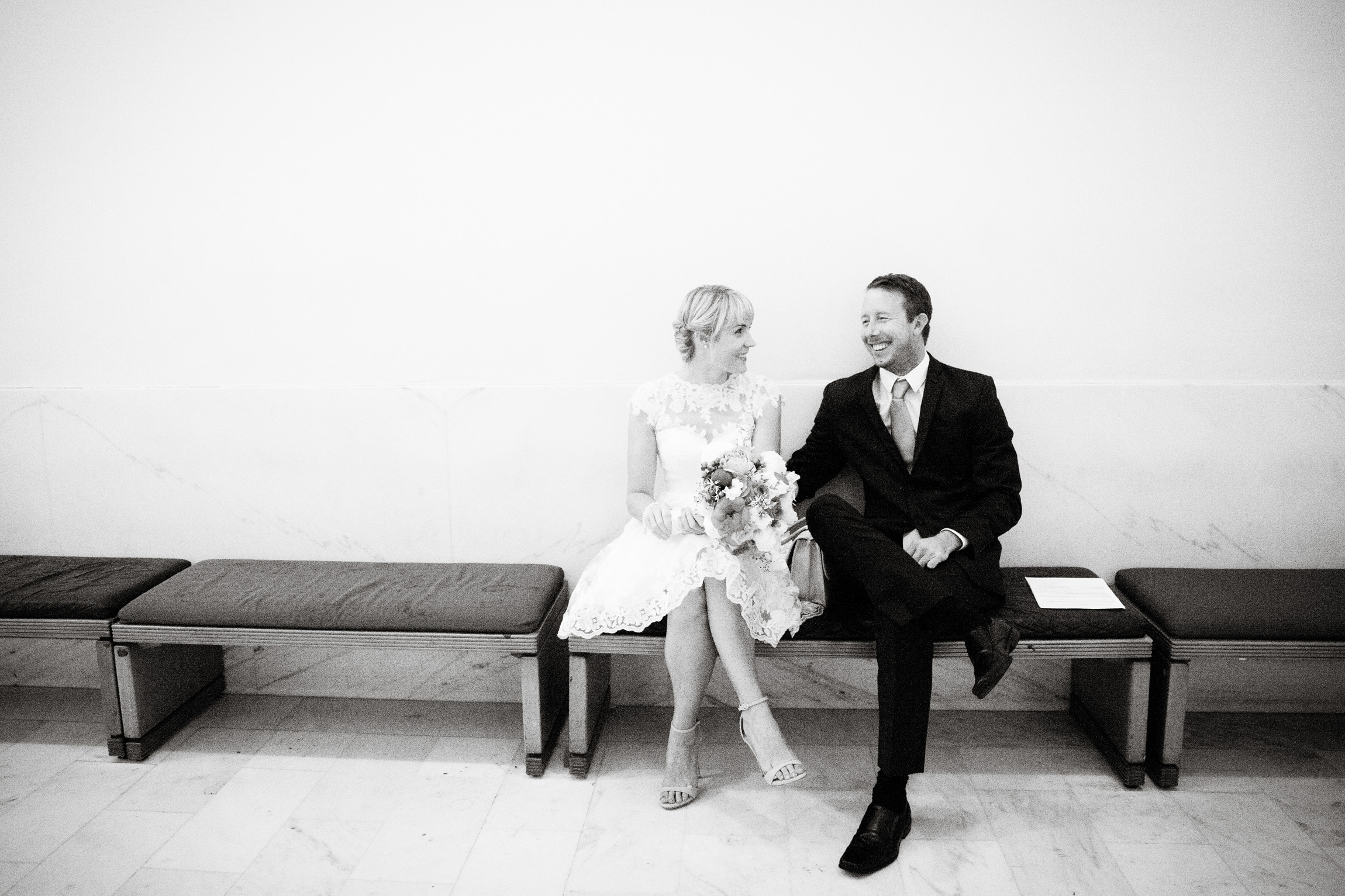 031_janaeshieldsphotography_sanfrancisco_cityhall_weddings.jpg