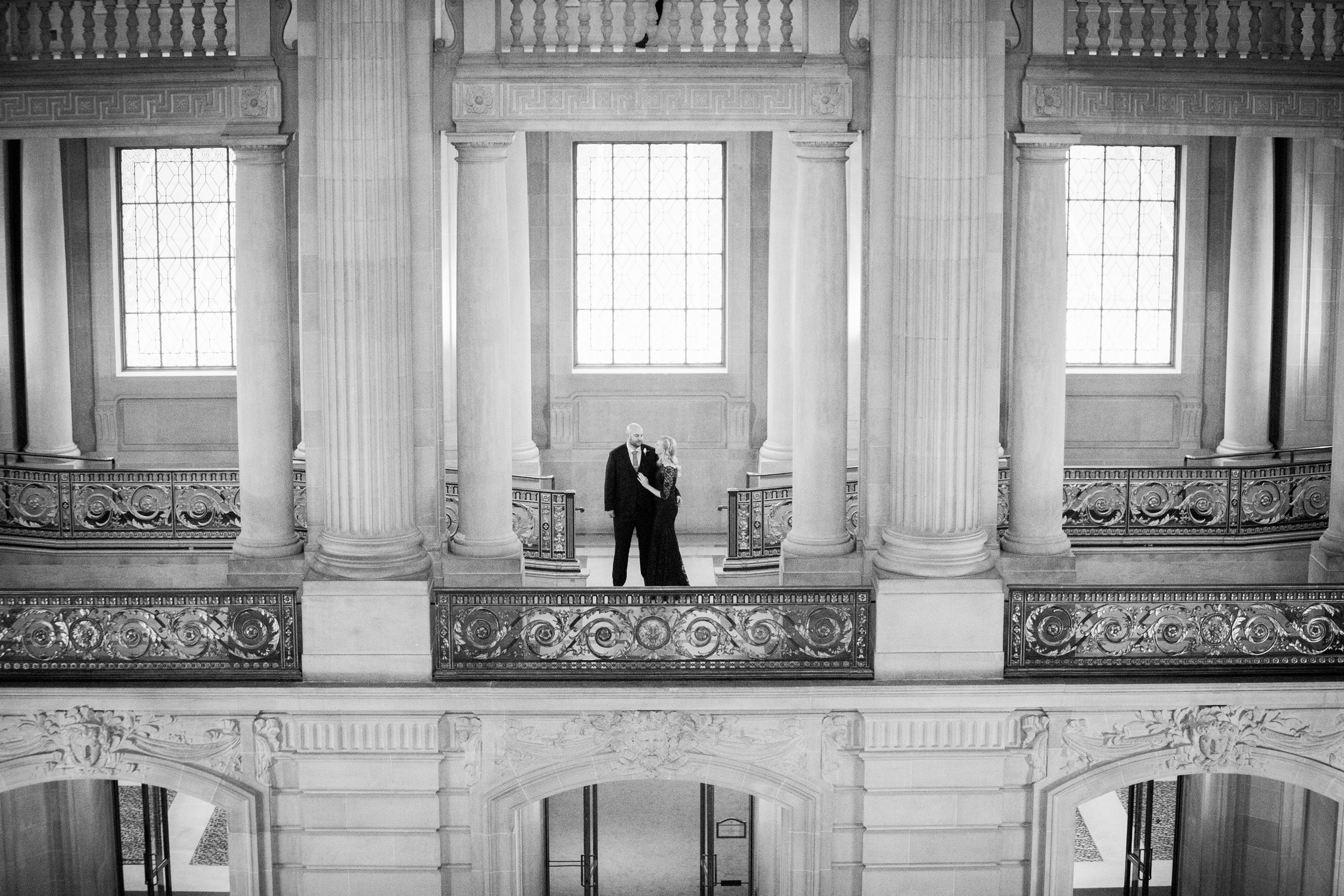045_janaeshieldsphotography_sanfrancisco_cityhall_weddings.jpg