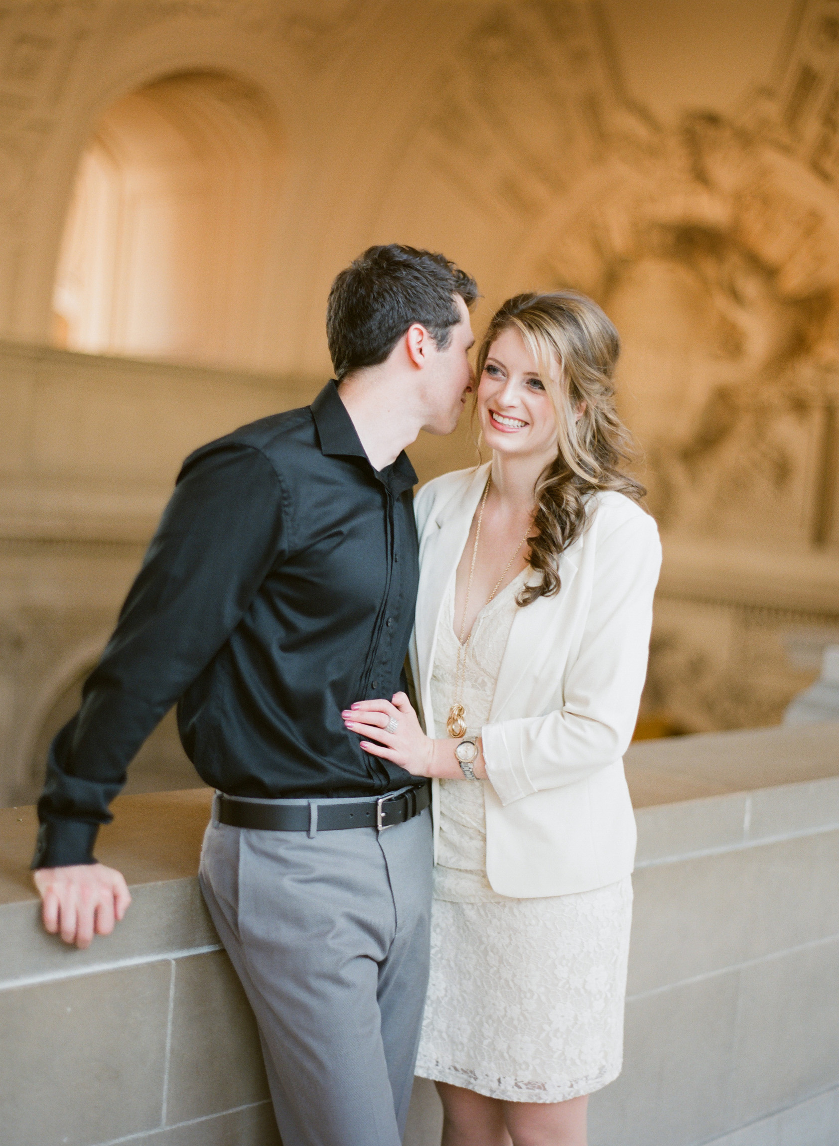 046_janaeshieldsphotography_sanfrancisco_cityhall_weddings.jpg