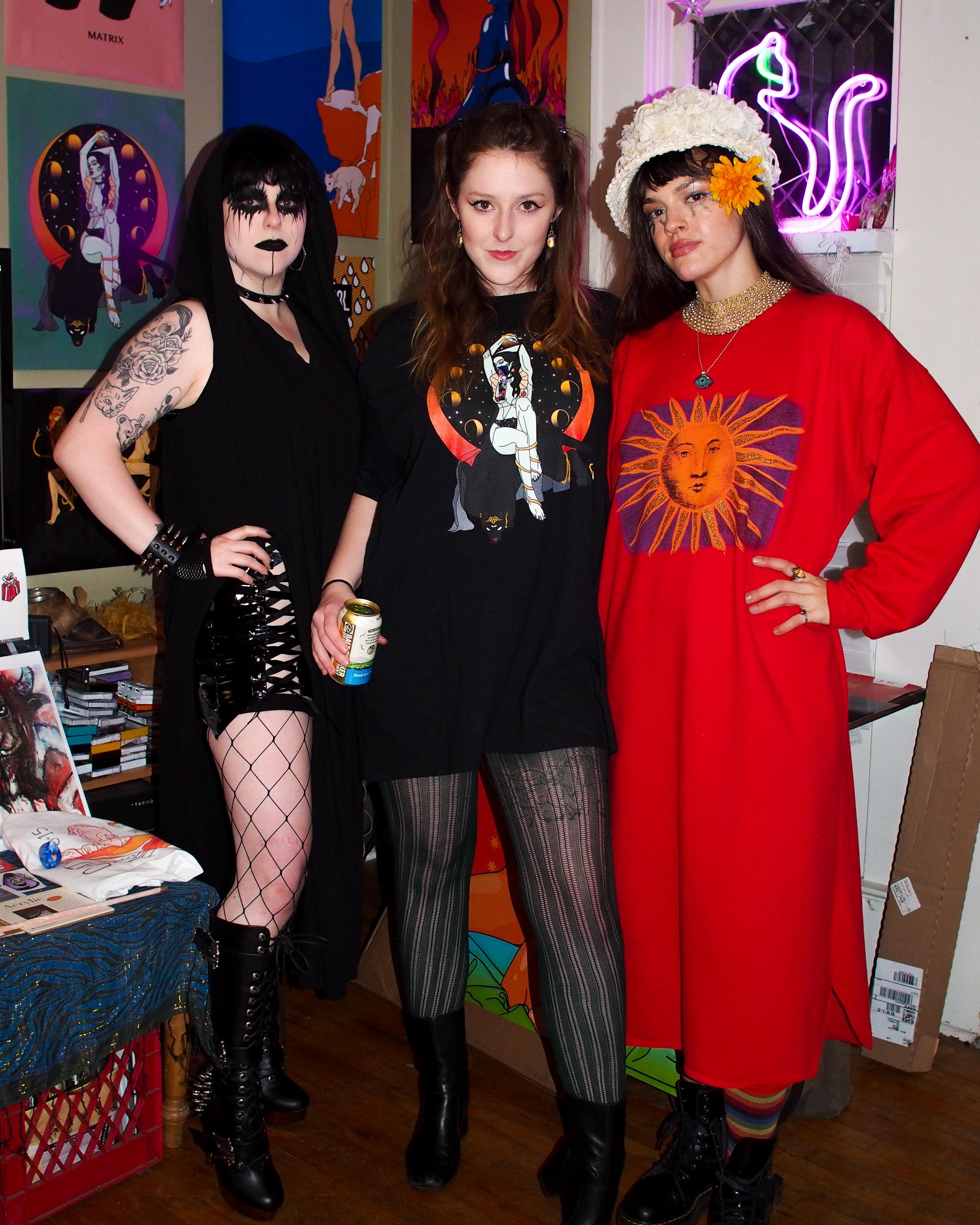 LEFT TO RIGHT: McQuarrie Sisters Megan (@missevehollows), Jess (@FeministFatal) and Whitney (@snakedancepdx)