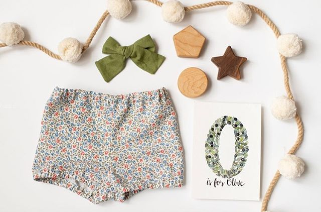So much cuteness ❤️ bloomers from vintage cotton, yes please!!